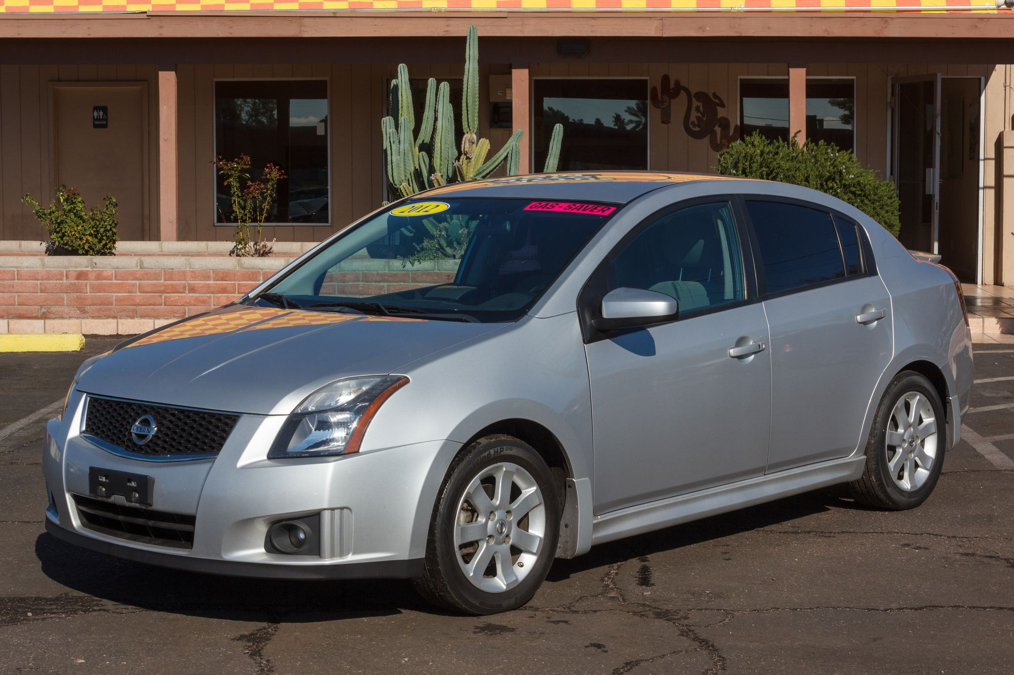 Photo of 2012 Nissan Sentra 4d Sedan 2.0 CVT