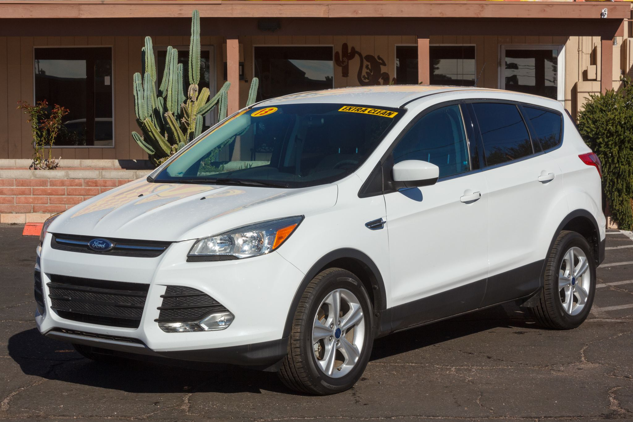 Photo of 2013 Ford Escape FWD 4d Wagon SE