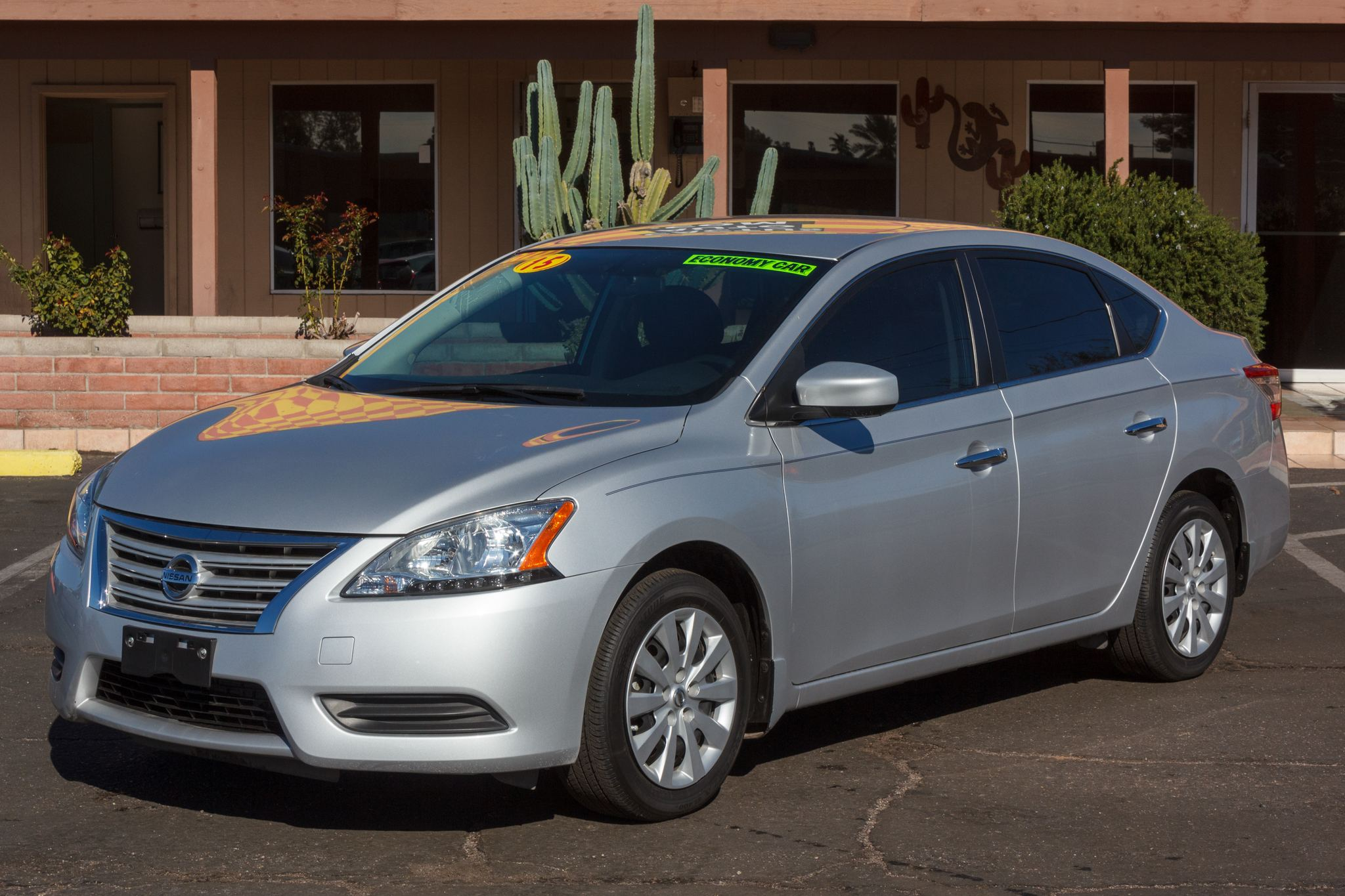 Photo of 2015 Nissan Sentra 4d Sedan S CVT