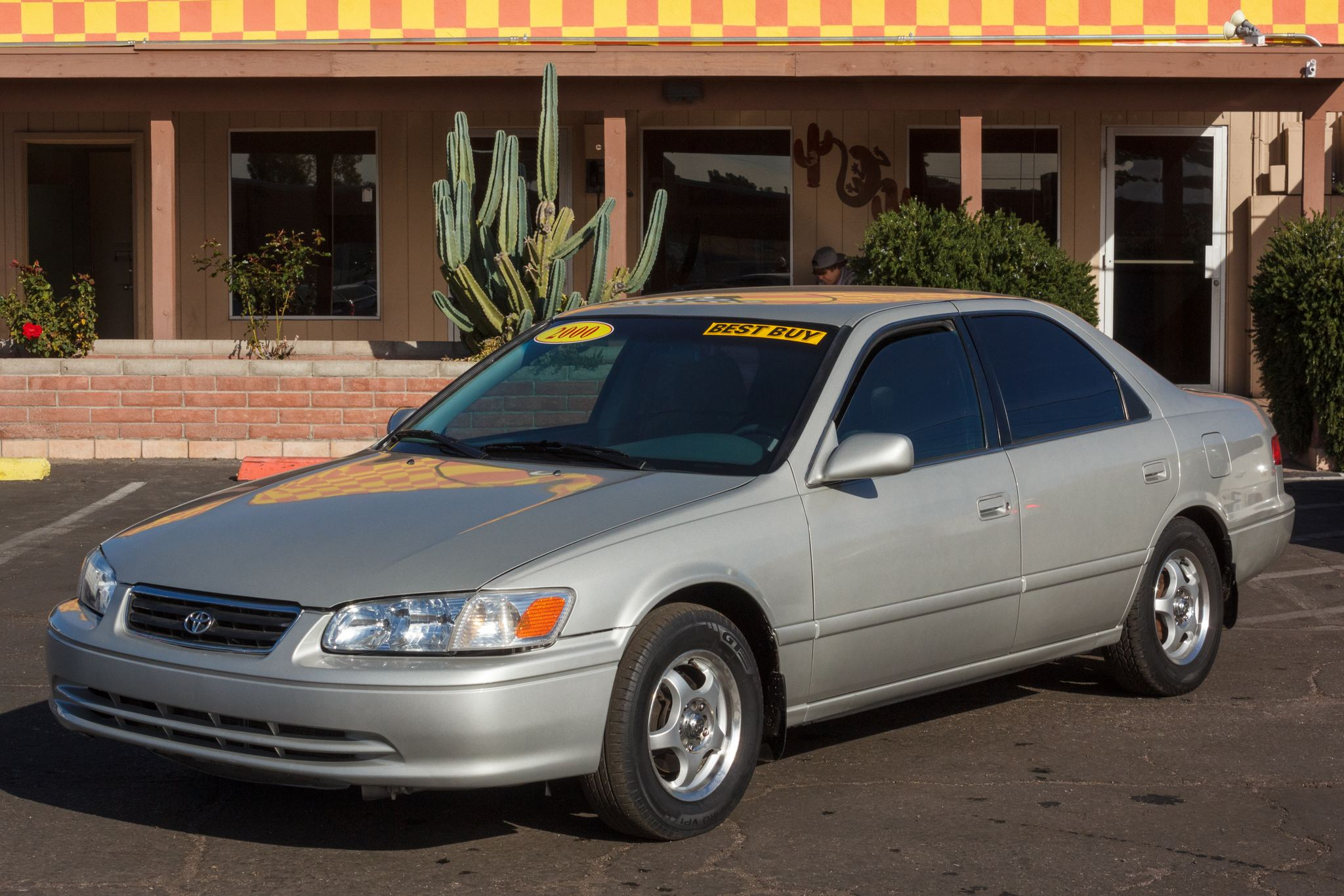 Photo of 2000 Toyota Camry 4d Sedan LE