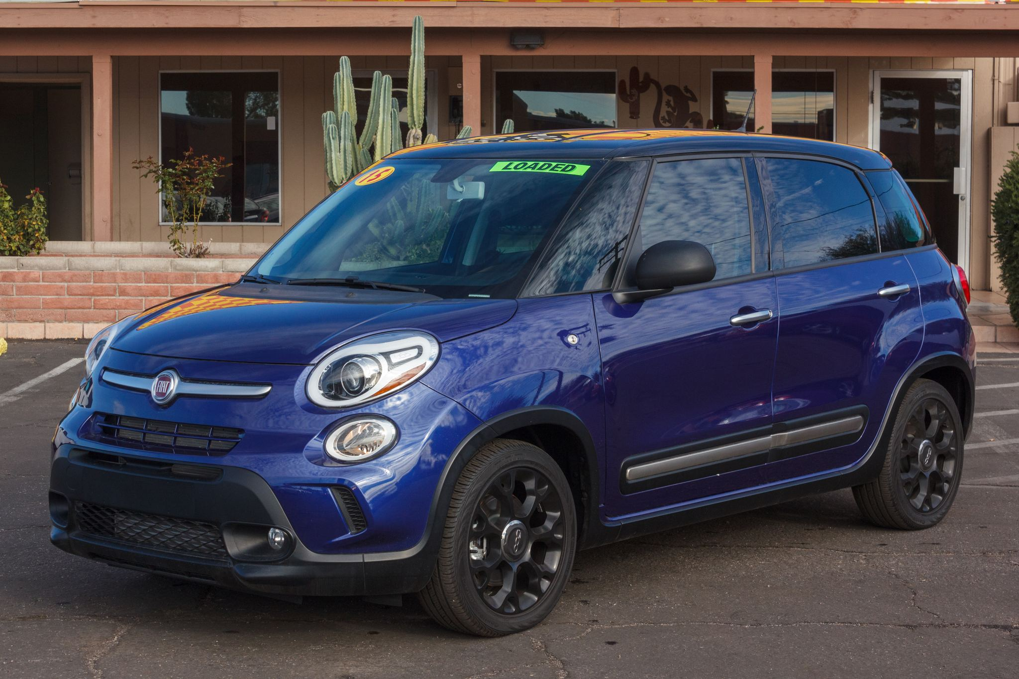 Photo of 2015 Fiat 500L 4d Wagon Trekking