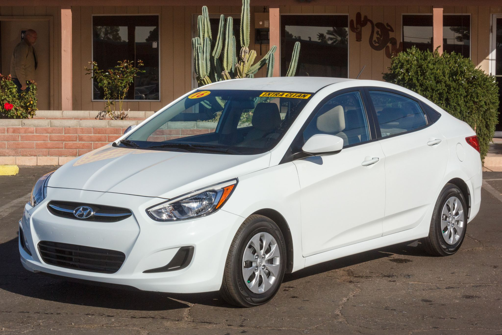 Photo of 2016 Hyundai Accent 4d Sedan SE Auto