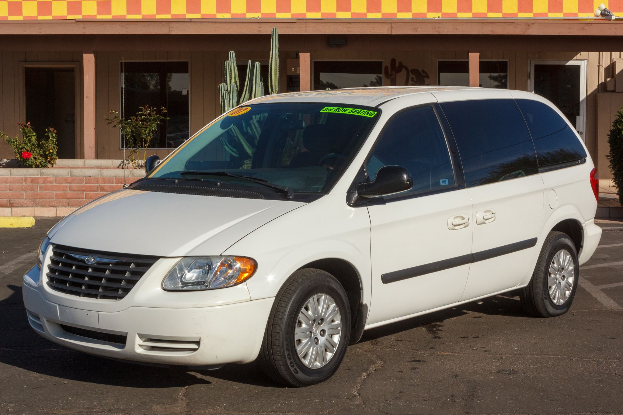 Photo of 2007 Chrysler Town & Country 4d Wagon