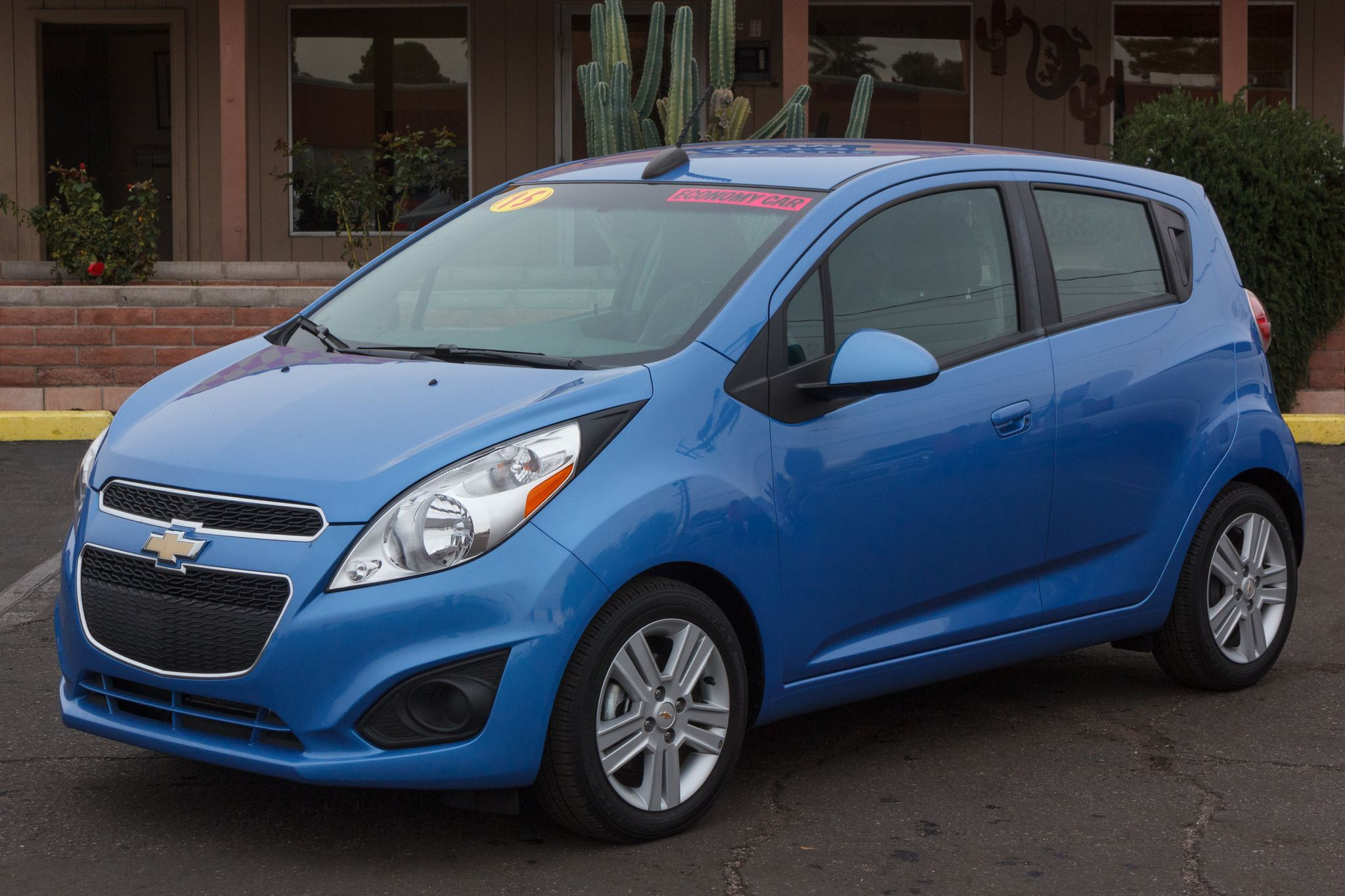 Photo of 2015 Chevrolet Spark 4d Hatchback LT w/1LT CVT