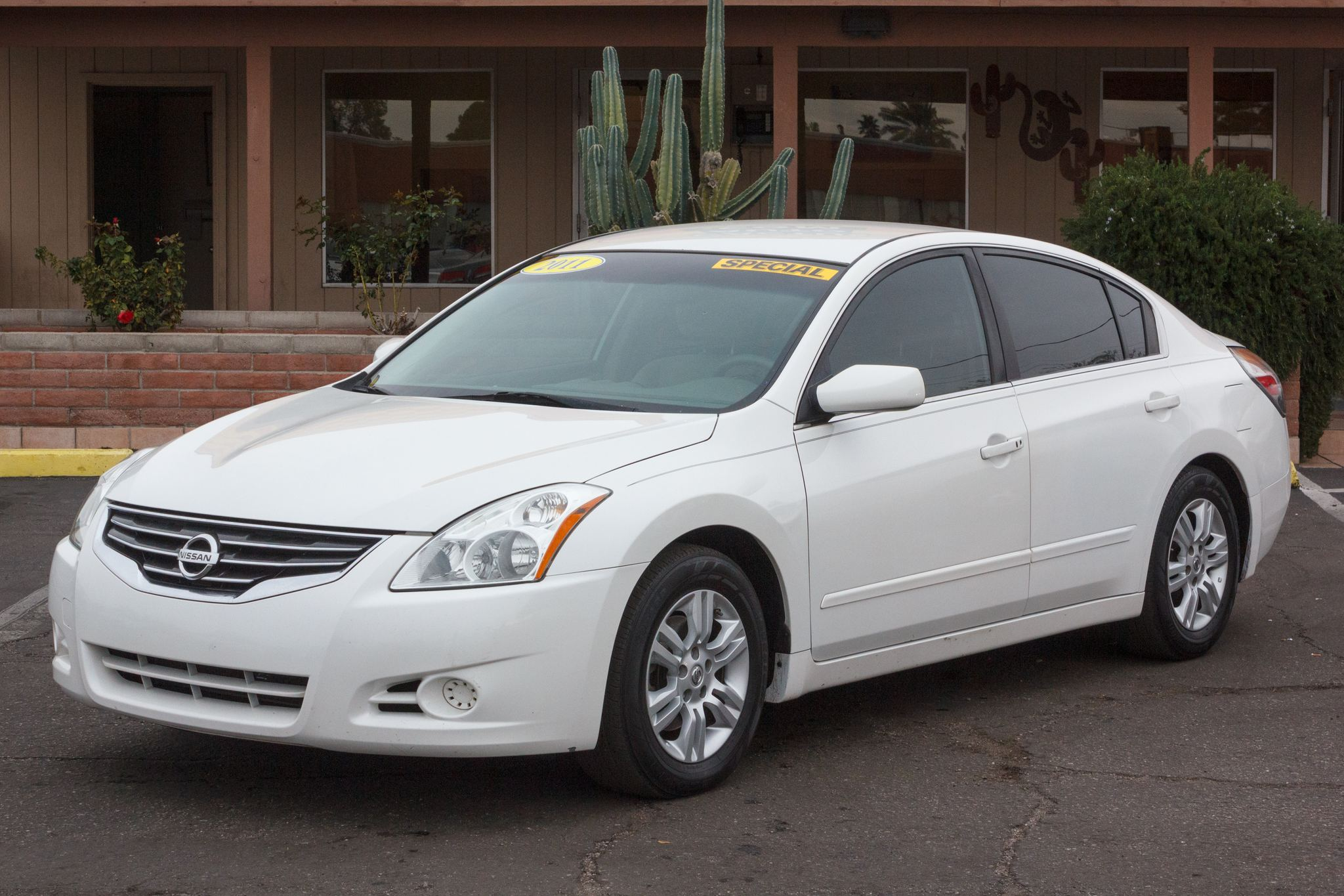 Photo of 2011 Nissan Altima 4d Sedan