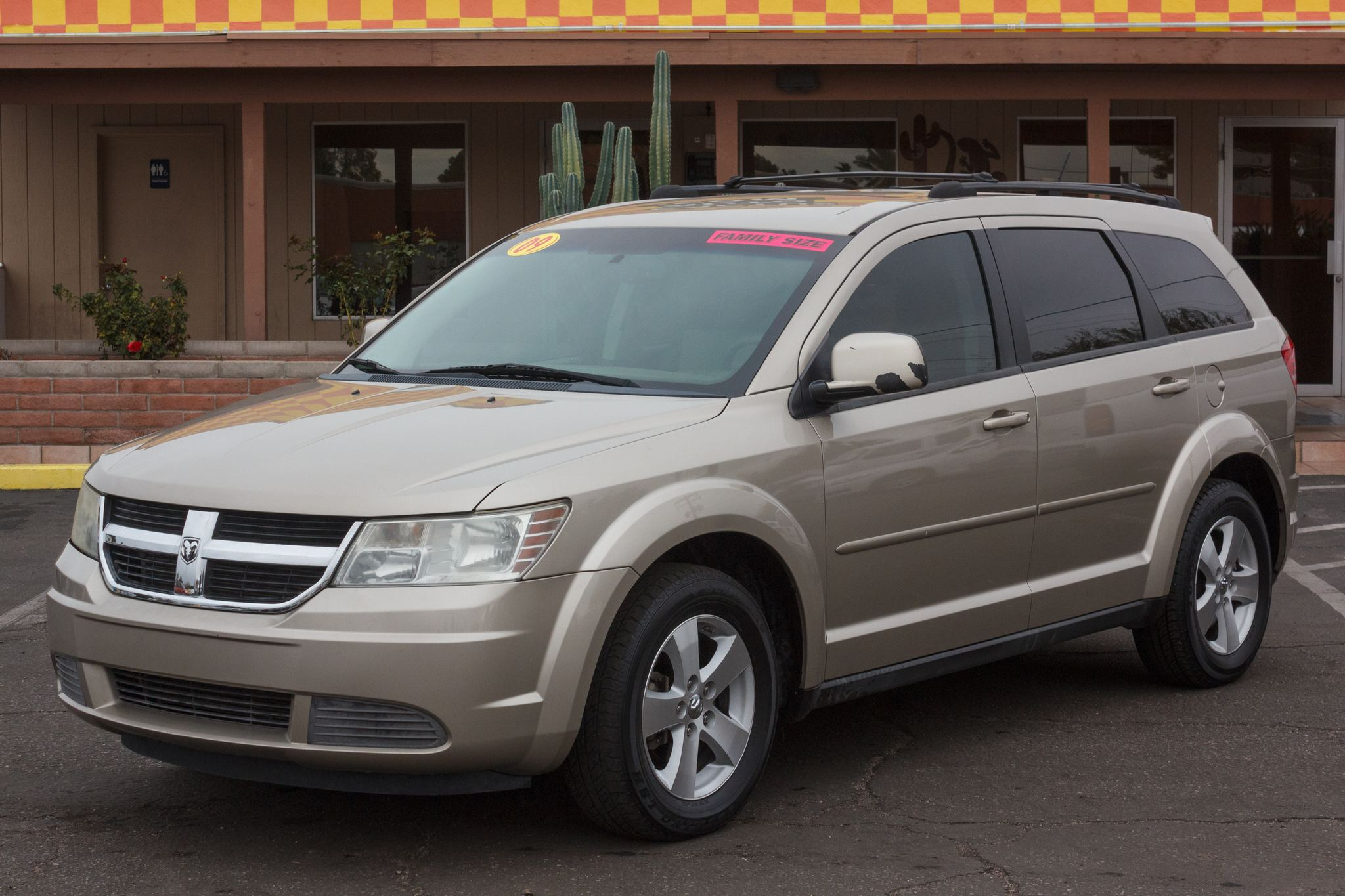 Photo of 2009 Dodge Journey FWD 4d Wagon SXT
