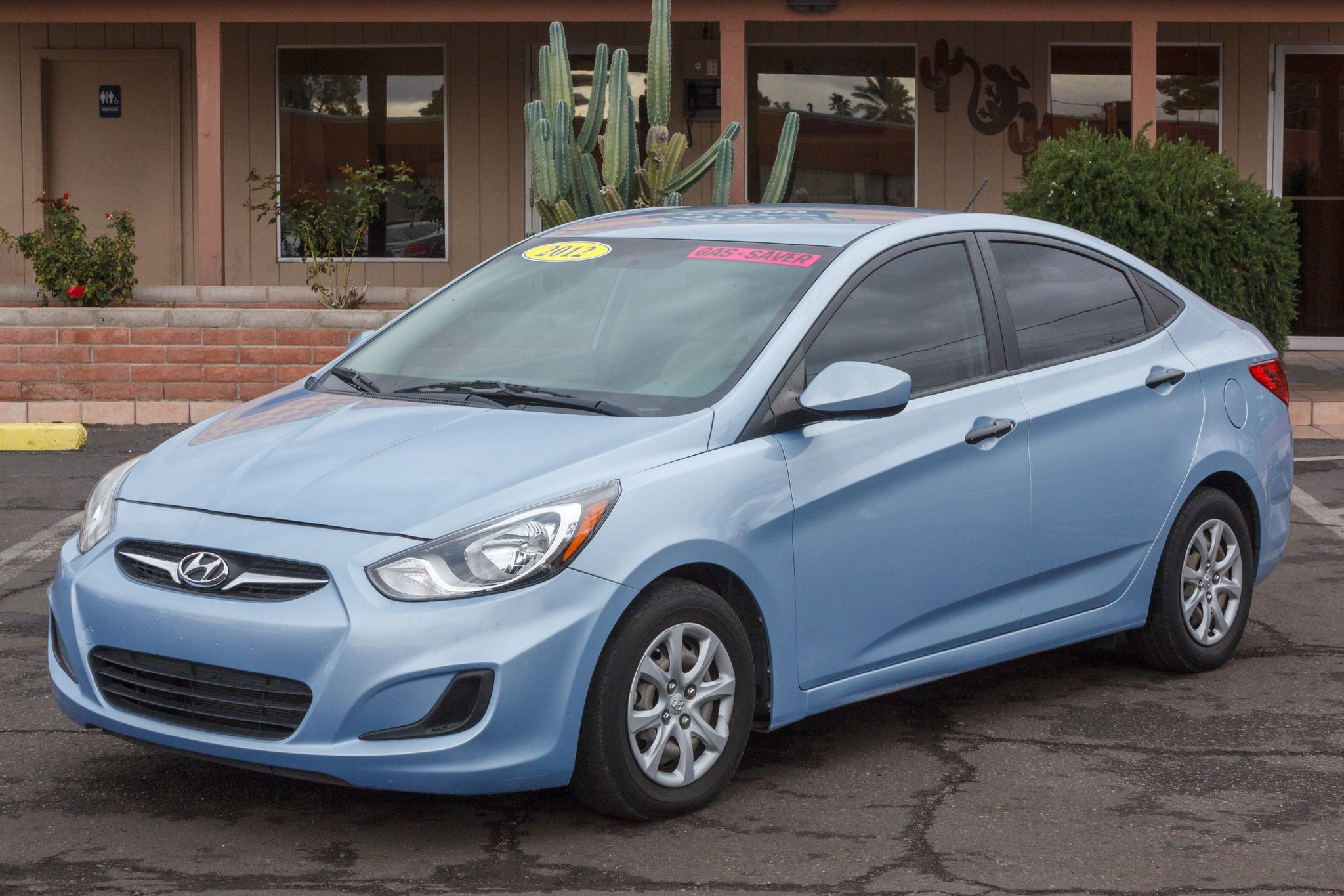 Photo of 2012 Hyundai Accent 4d Sedan GLS Auto