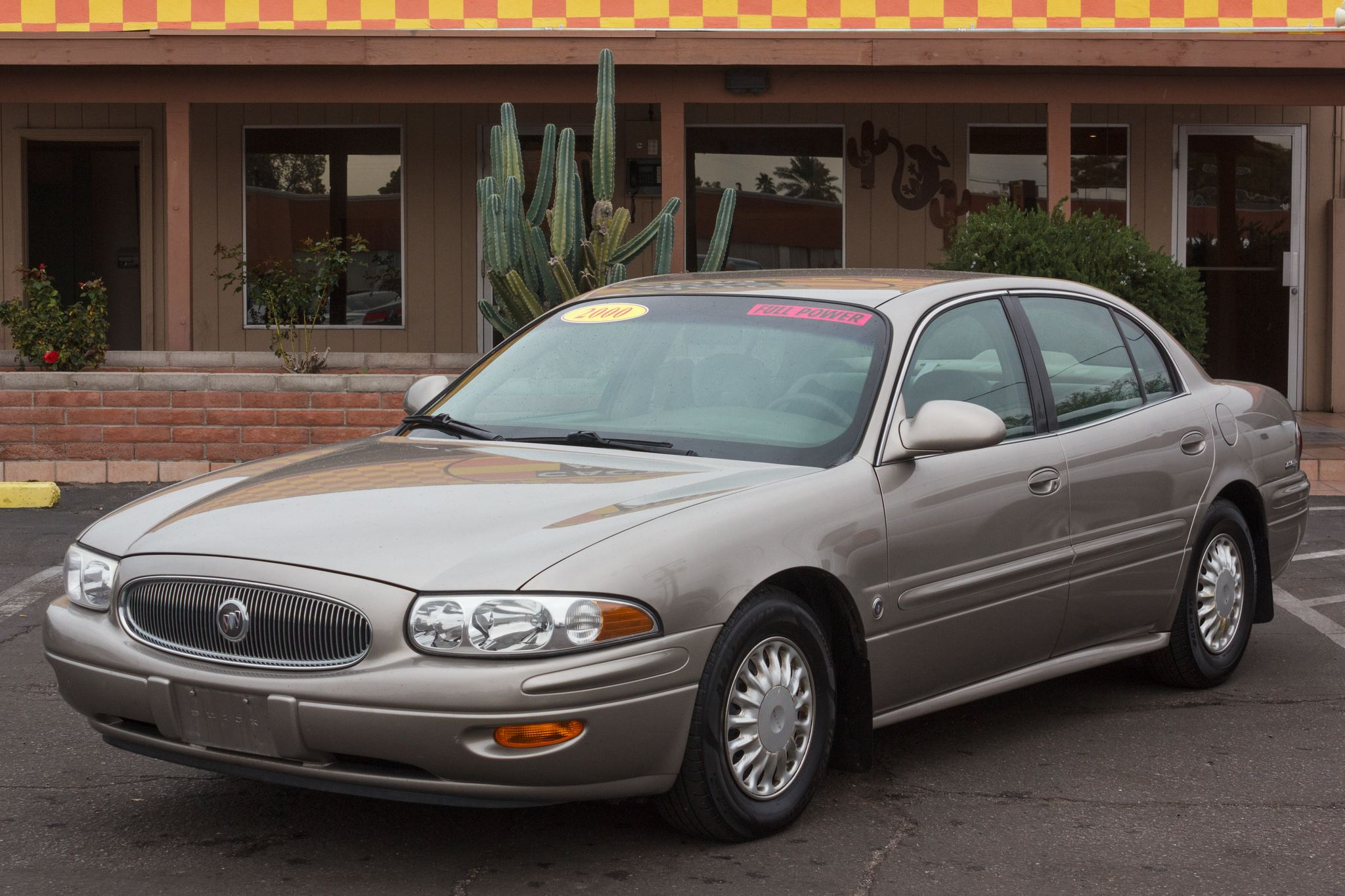 Photo of 2000 Buick LeSabre 4d Sedan Custom