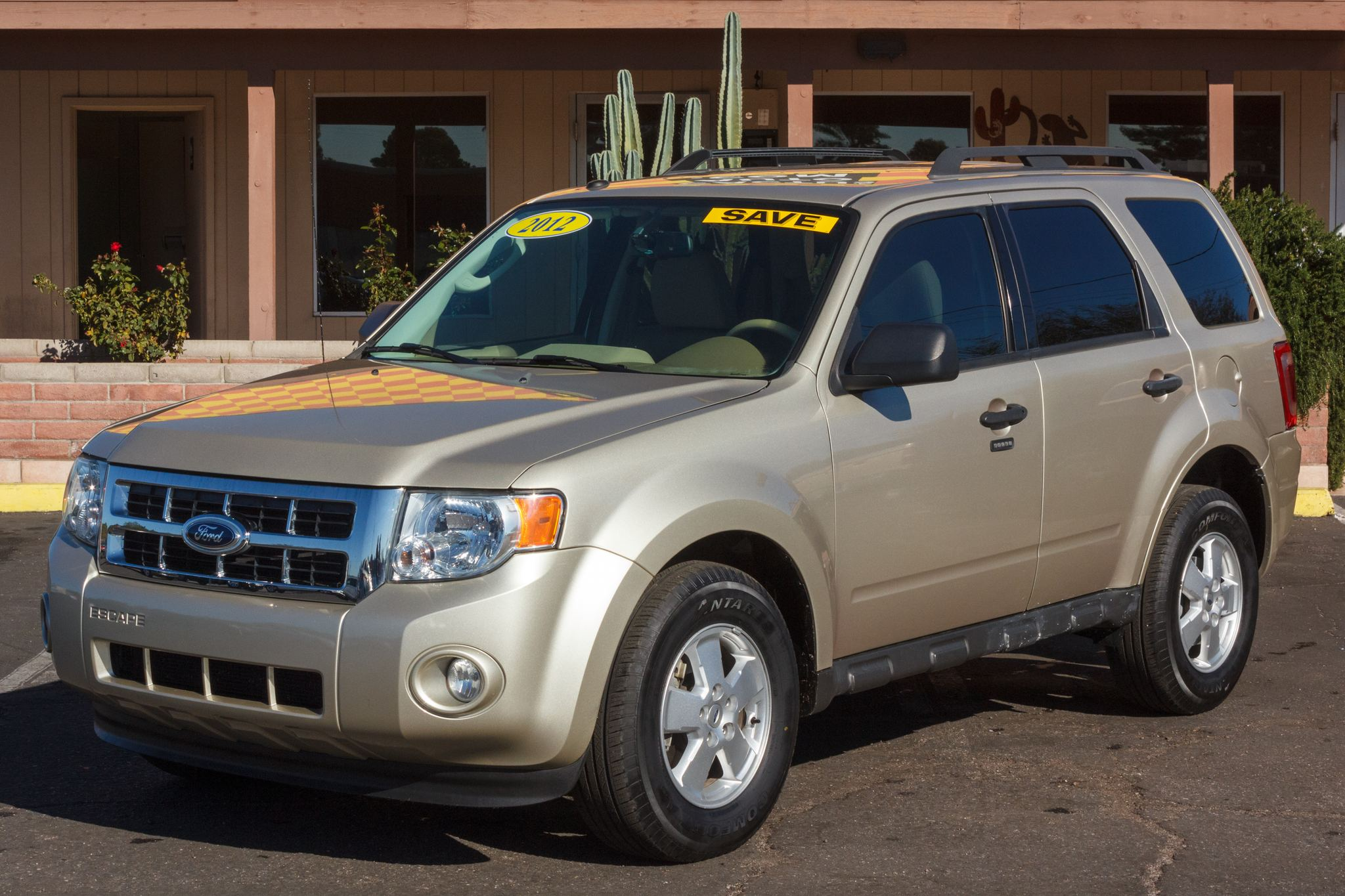 Photo of 2012 Ford Escape FWD 4d Wagon XLT