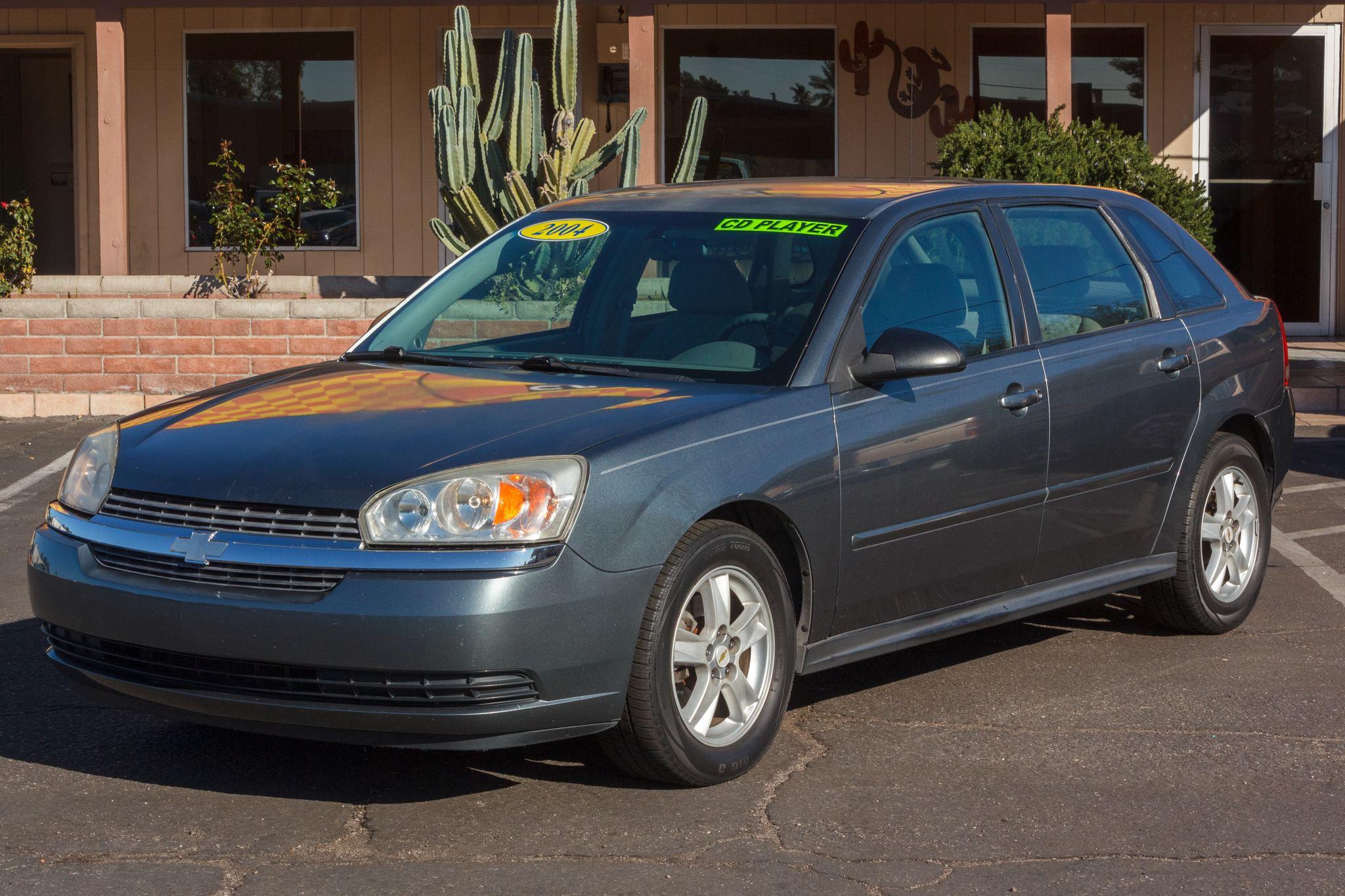 Photo of 2004 Chevrolet Malibu Maxx 5d Hatchback LS