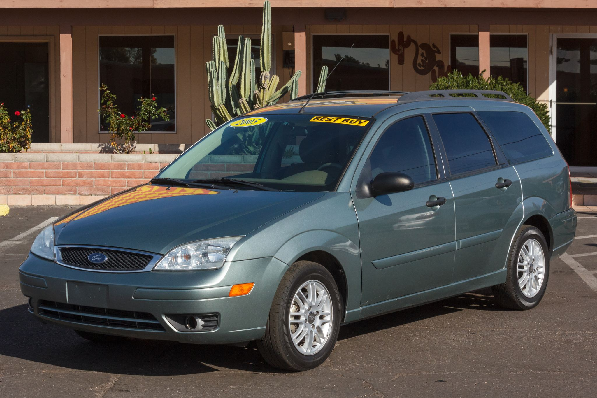 Photo of 2005 Ford Focus 4d Wagon ZXW SES