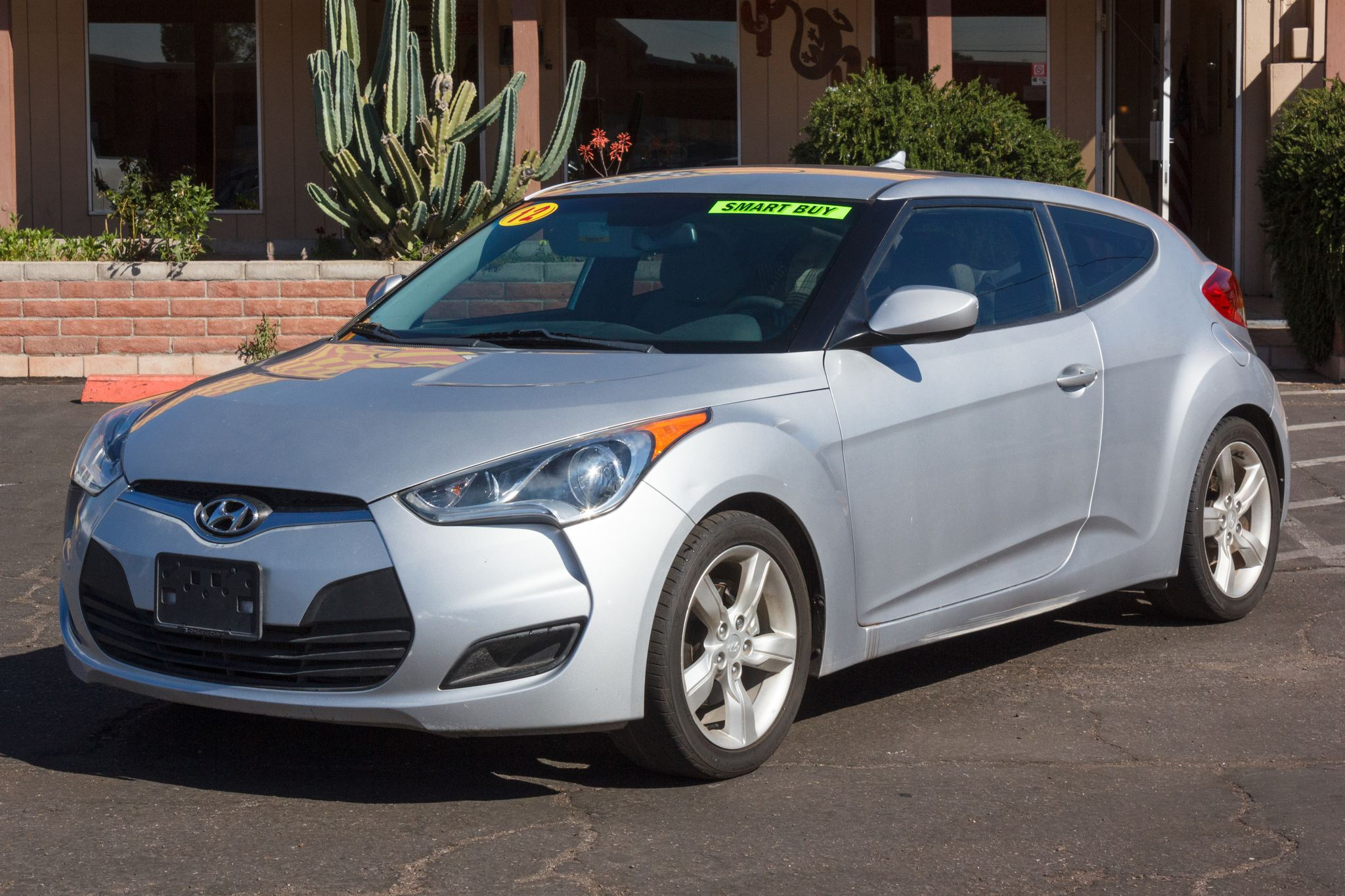 Photo of 2012 Hyundai Veloster 3d Coupe w/Gray Seats 6spd