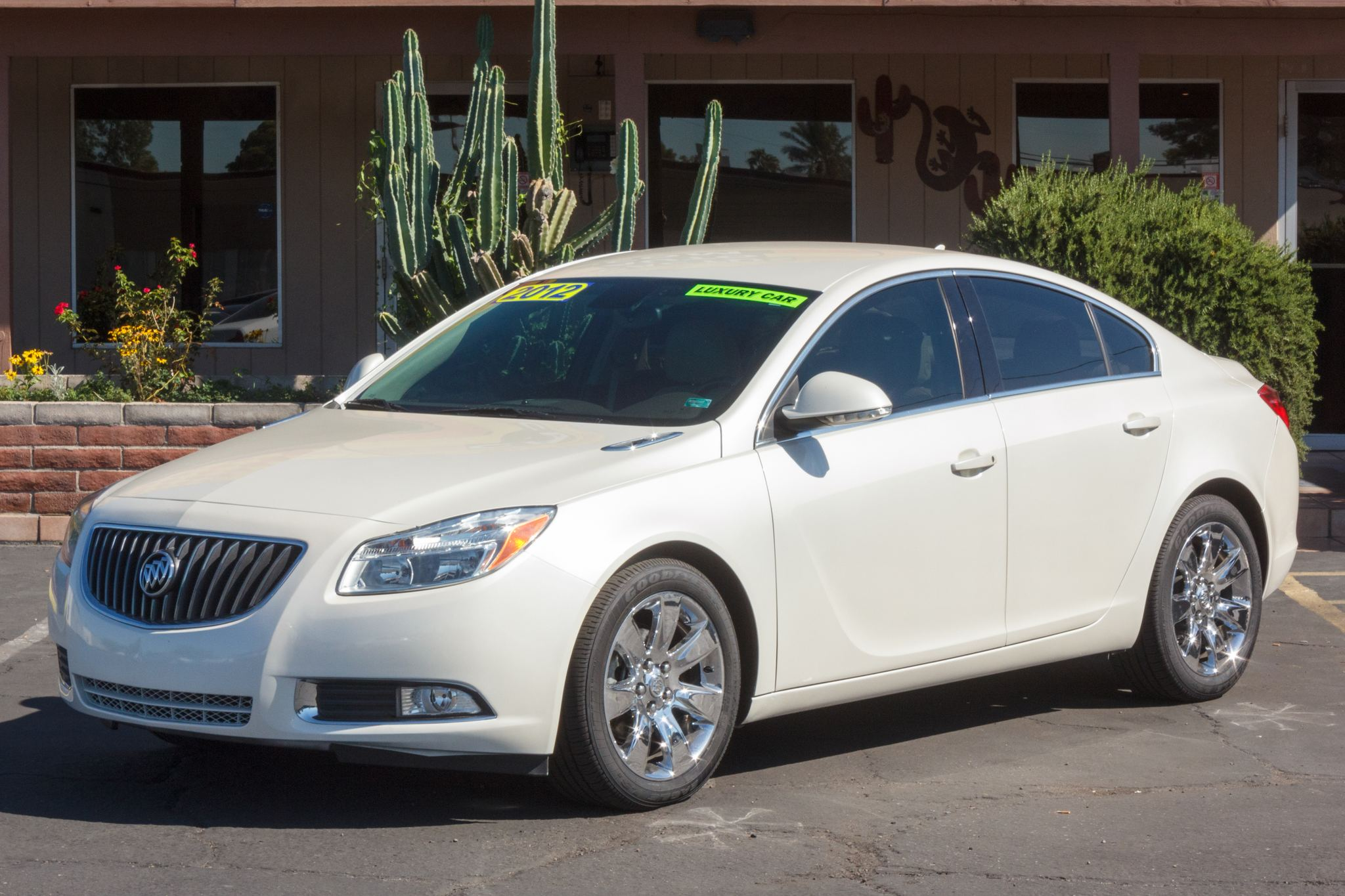 Photo of 2012 Buick Regal 4d Sedan Base