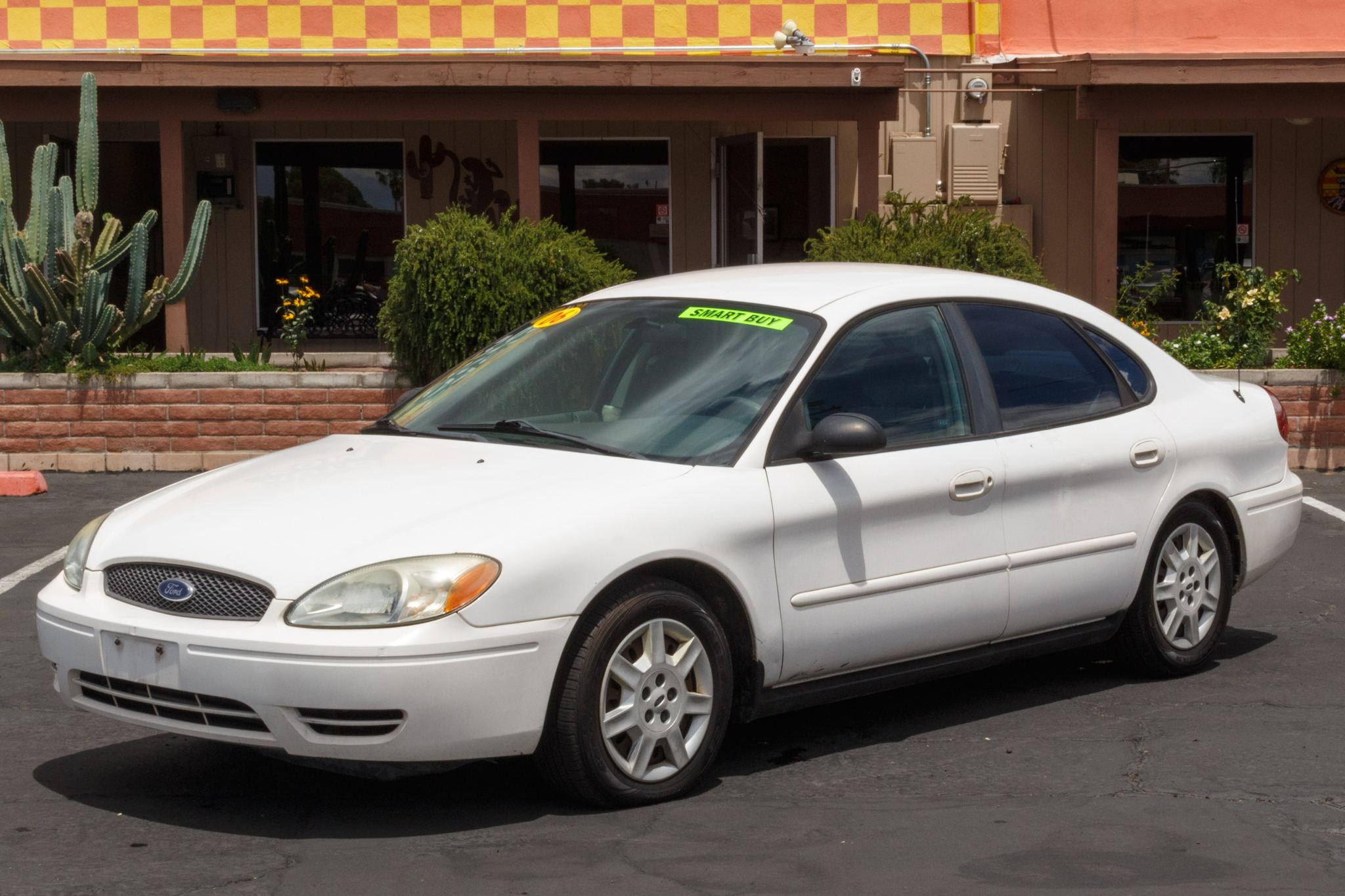 Photo of 2006 Ford Taurus 4d Sedan SE