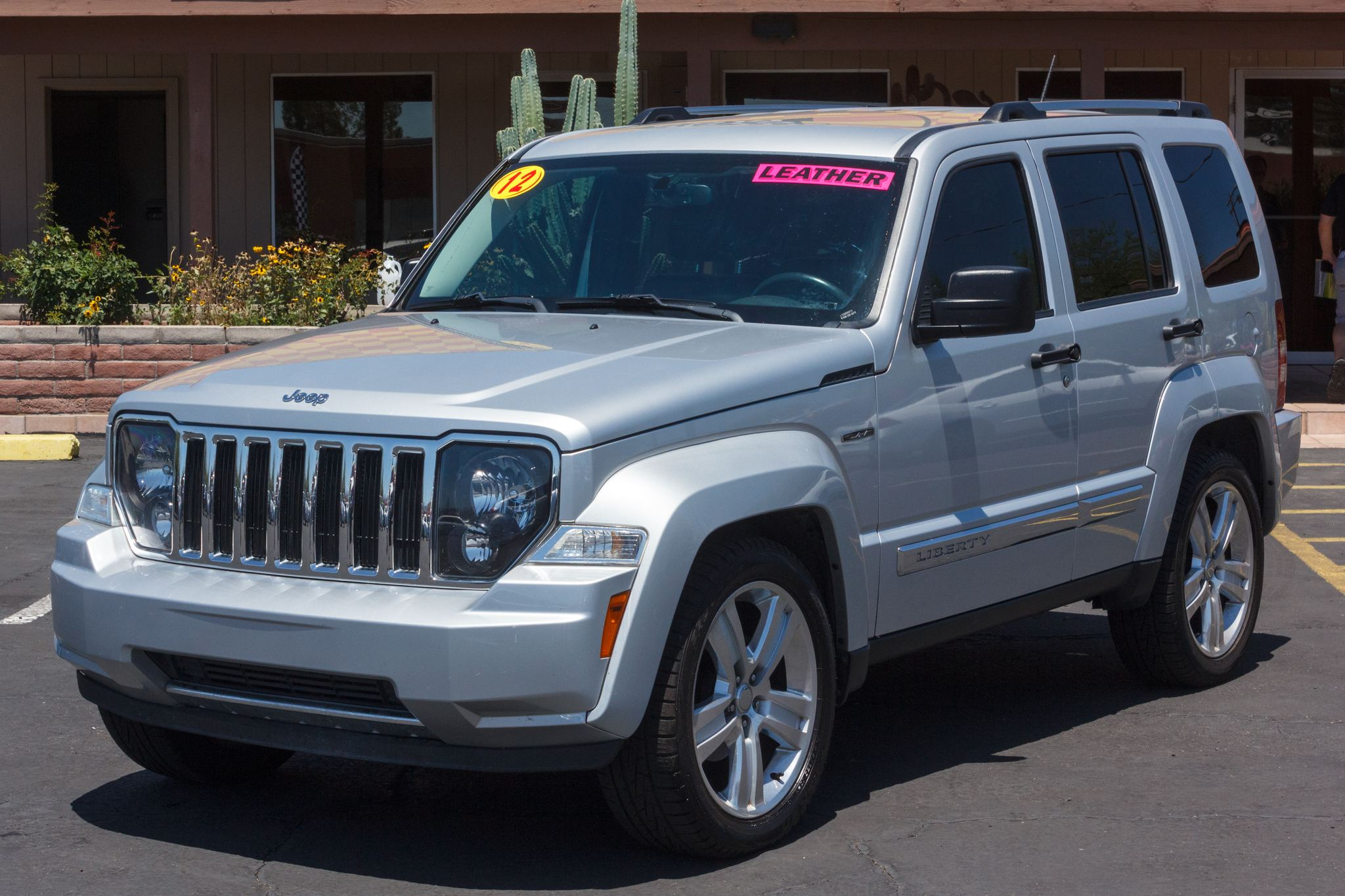 Photo of 2012 Jeep Liberty 4d SUV 2WD Limited Jet