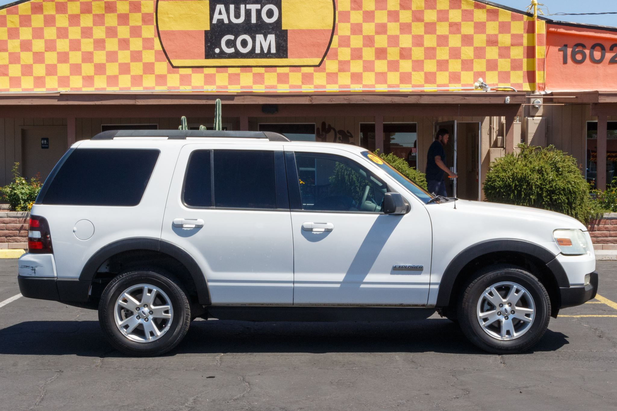 Photo of 2007 Ford Explorer 4WD 4d Wagon XLT V6