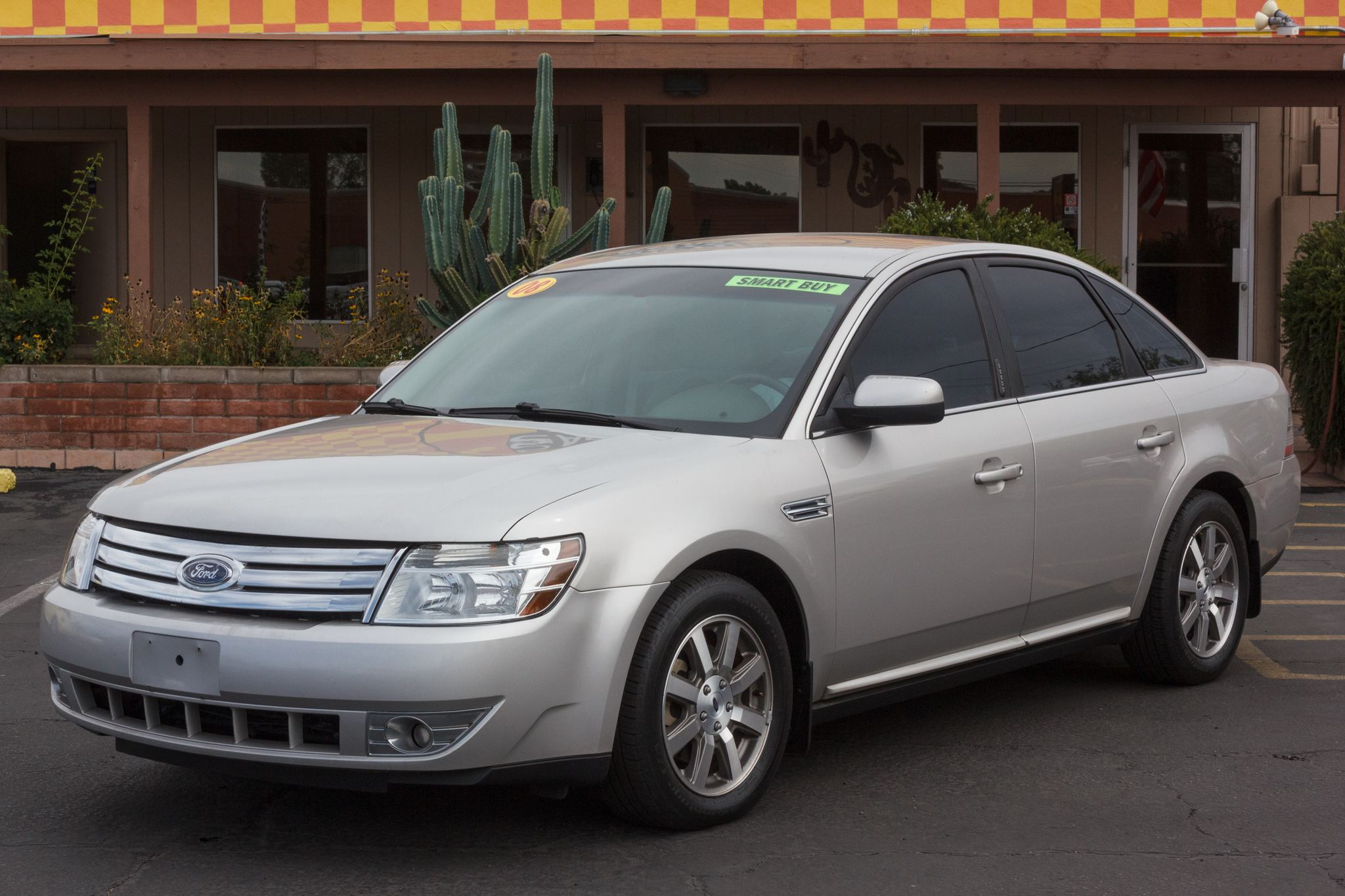 Photo of 2008 Ford Taurus 4d Sedan SEL