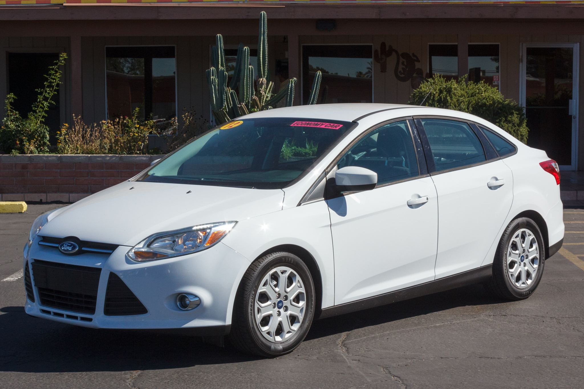 Photo of 2012 Ford Focus 4d Sedan SE