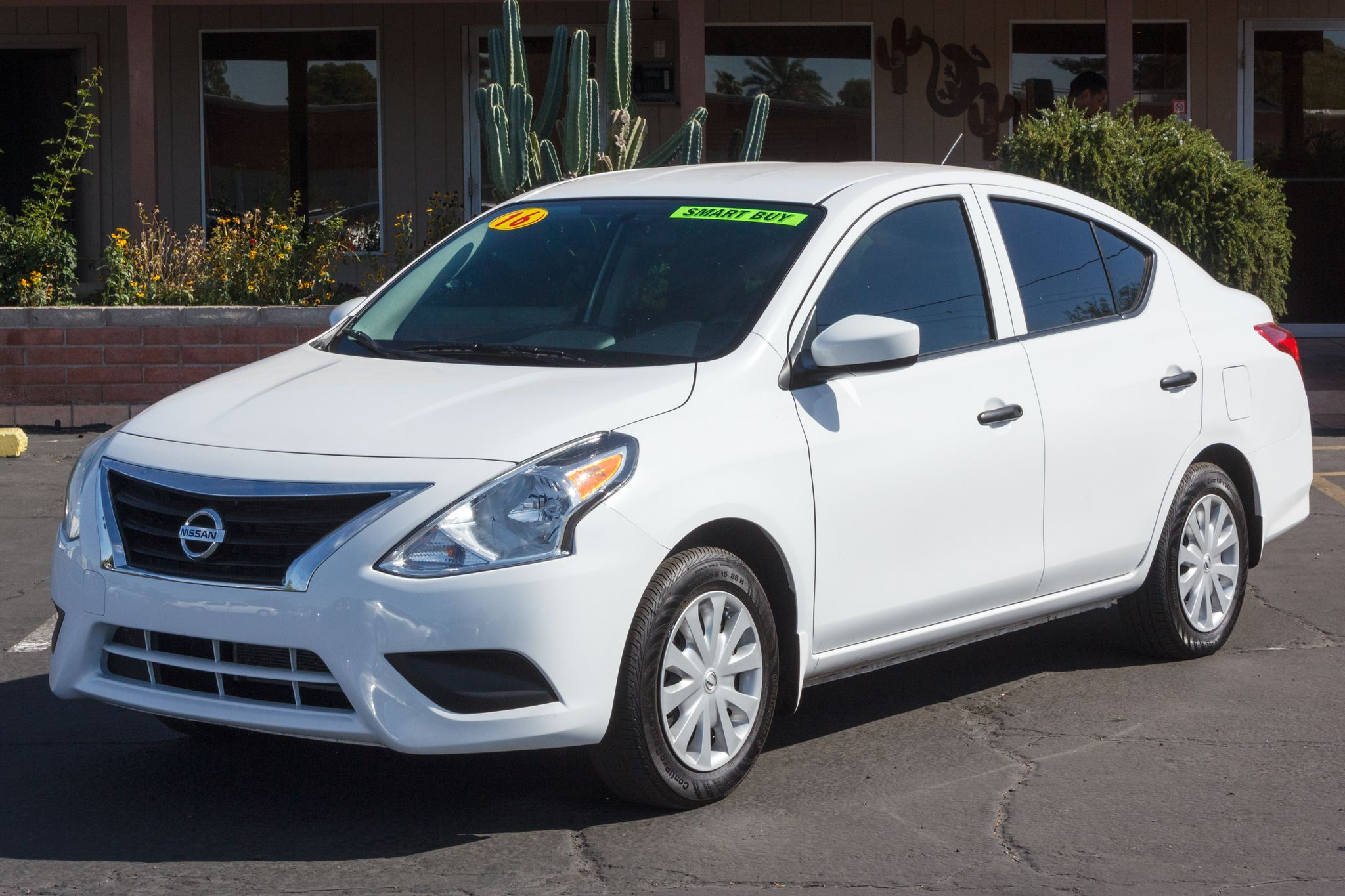 Photo of 2016 Nissan Versa 4d Sedan S Auto