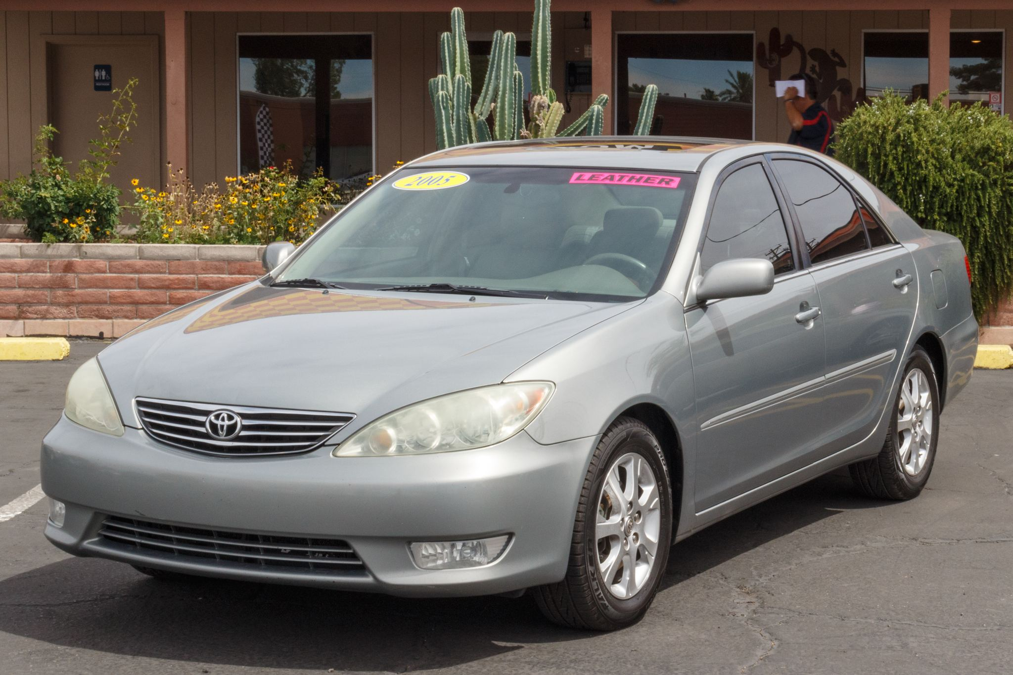 Photo of 2005 Toyota Camry 4d Sedan XLE V6