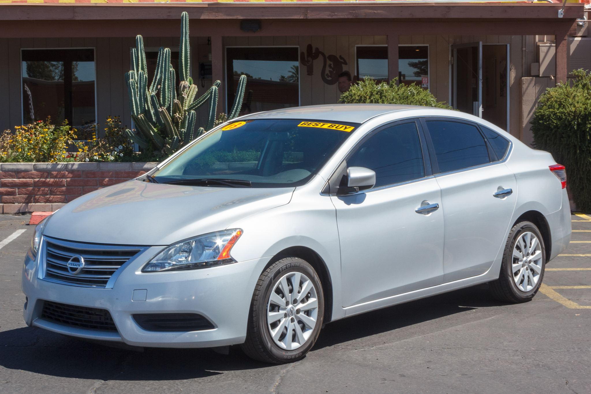 Photo of 2013 Nissan Sentra 4d Sedan S CVT