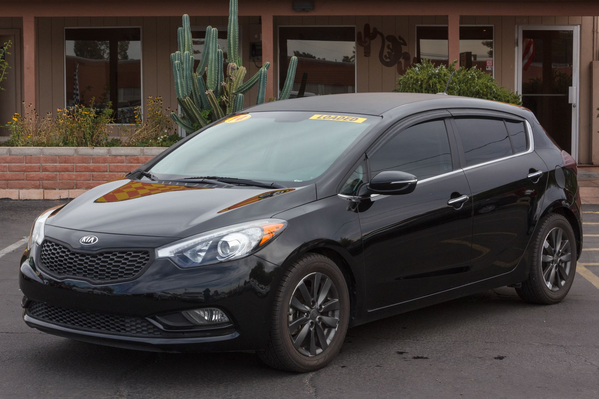 Photo of 2014 Kia Forte 4d Hatchback EX