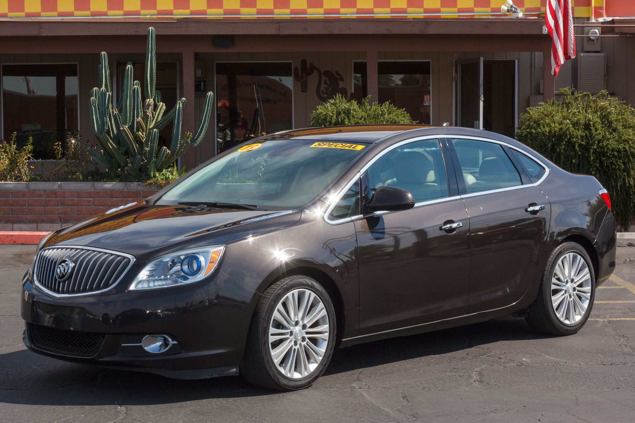 Photo of 2013 Buick Verano 4d Sedan