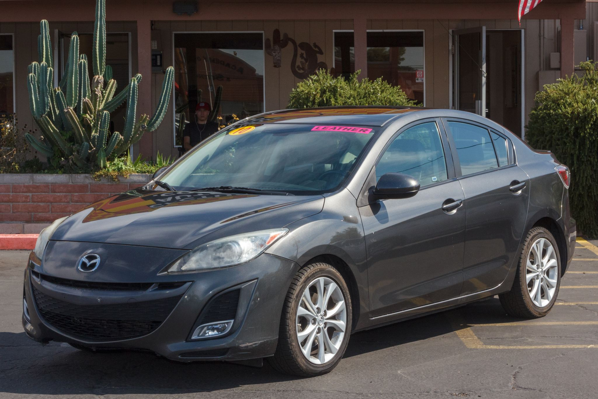 Photo of 2010 Mazda Mazda3 4d Sedan s Grand Touring Auto