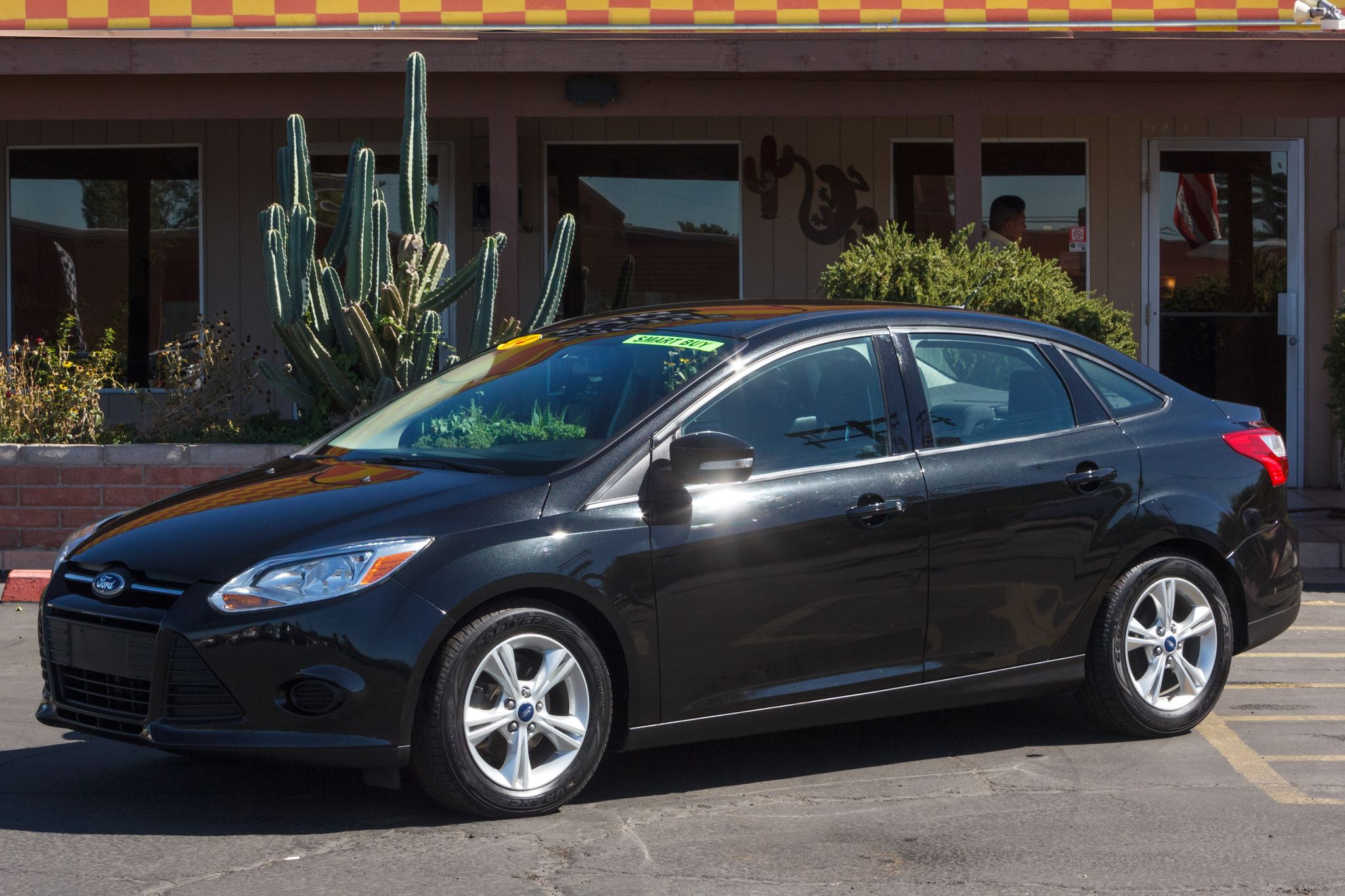 Photo of 2014 Ford Focus 4d Sedan SE