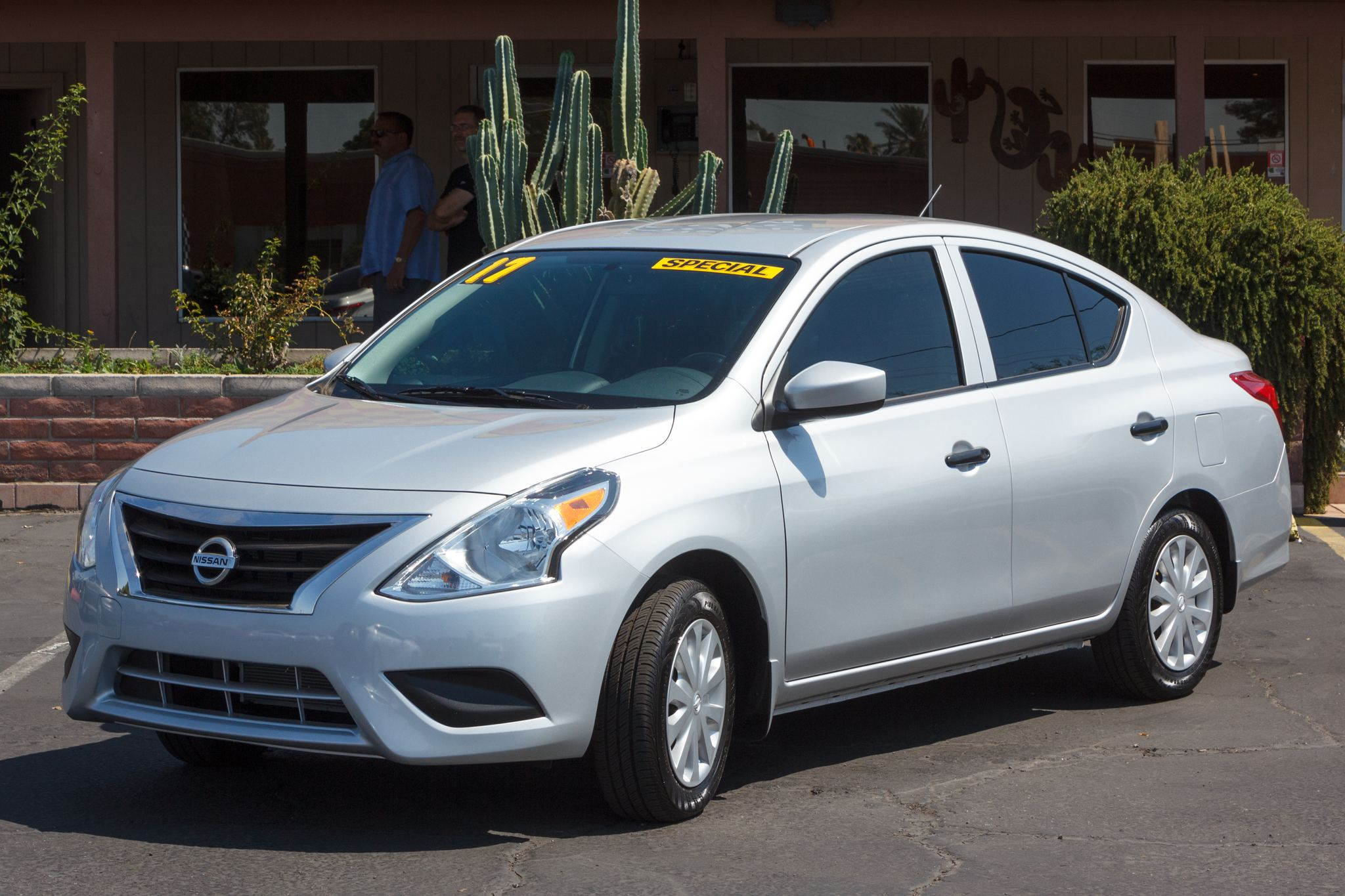 Photo of 2017 Nissan Versa 4d Sedan S 5spd