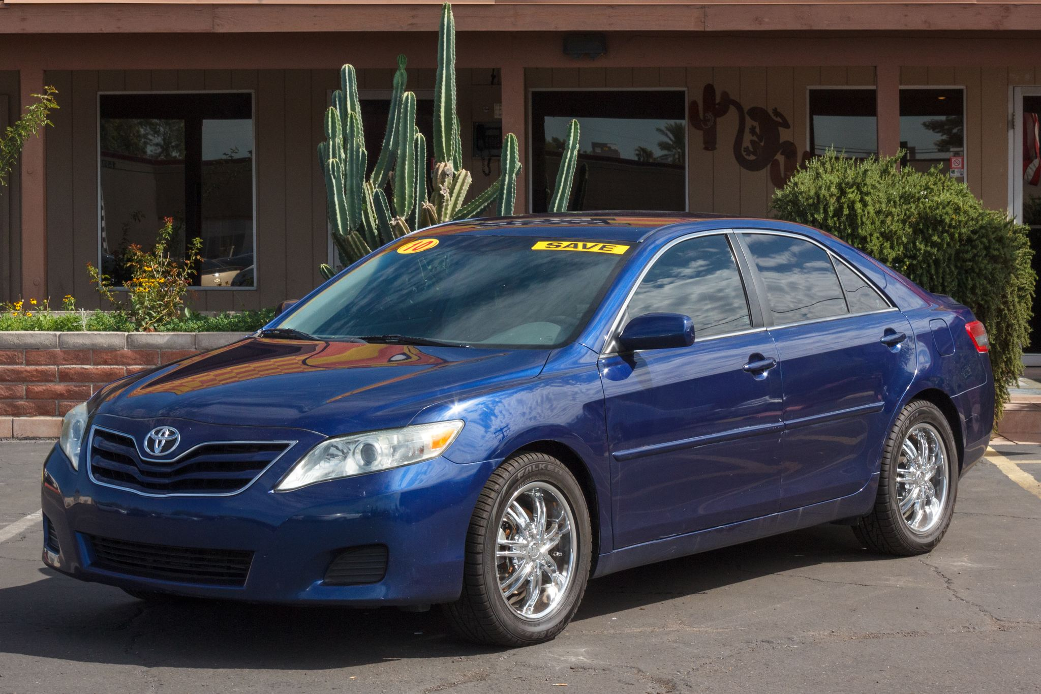 Photo of 2010 Toyota Camry 4d Sedan LE Auto
