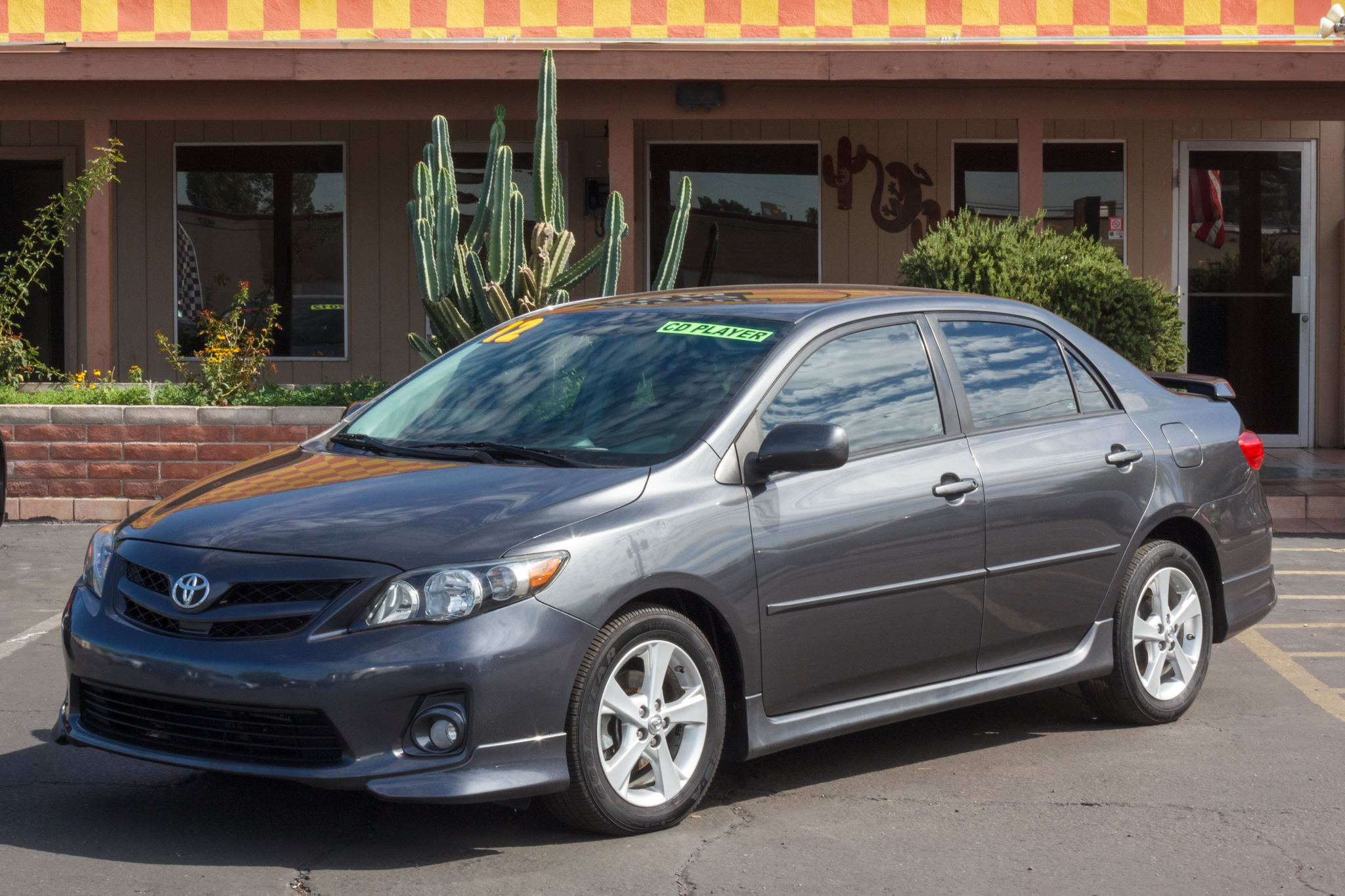 Photo of 2012 Toyota Corolla 4d Sedan S Auto
