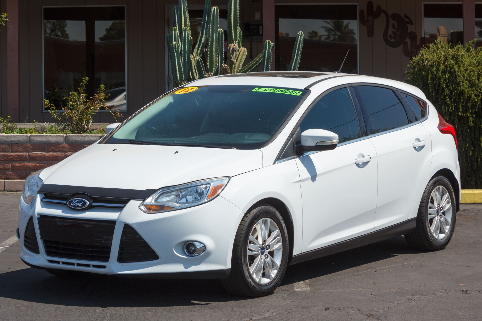 Photo of 2012 Ford Focus 4d Hatchback SEL