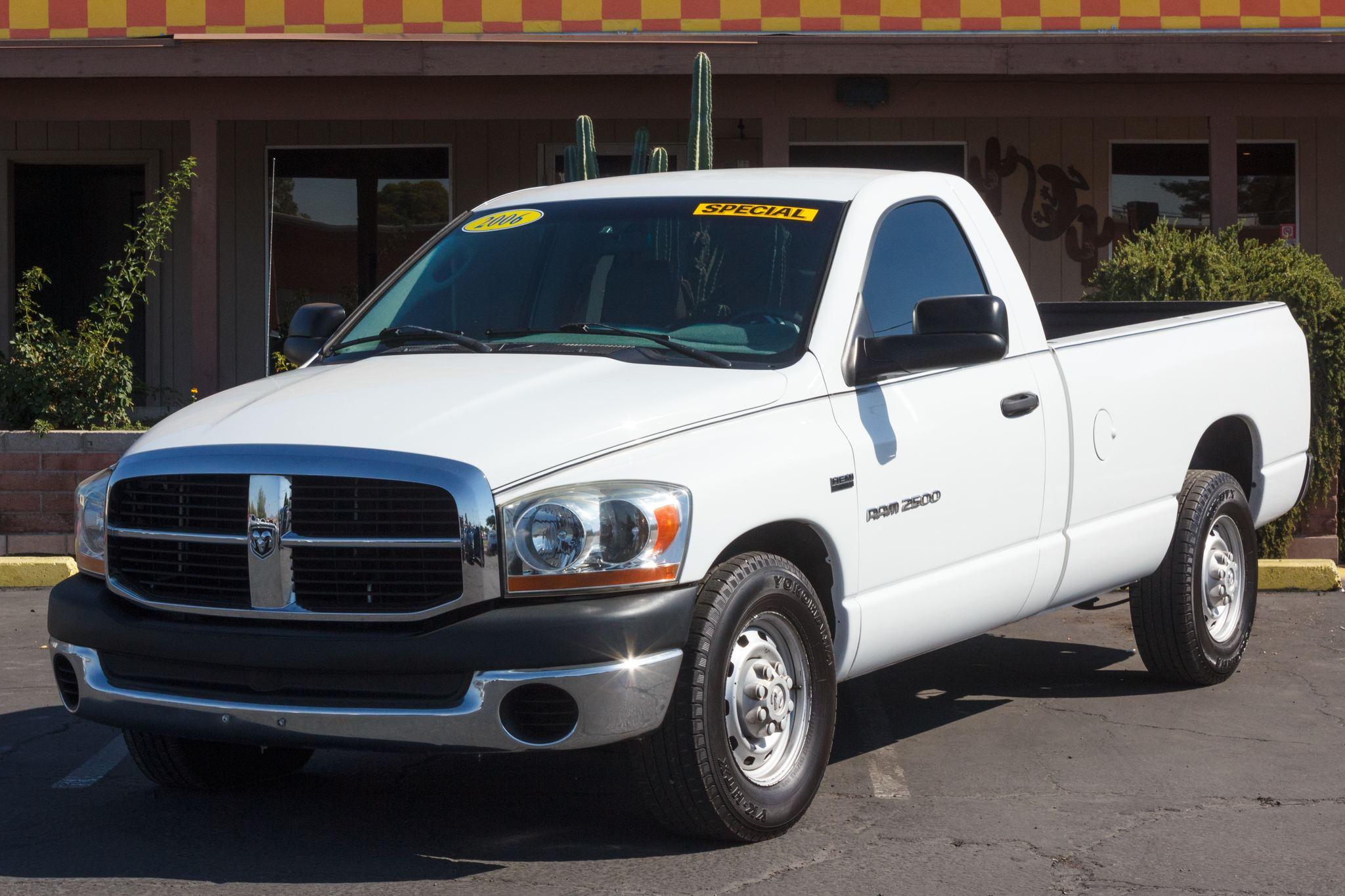 Photo of 2006 Dodge Ram 2500 2WD Reg Cab ST