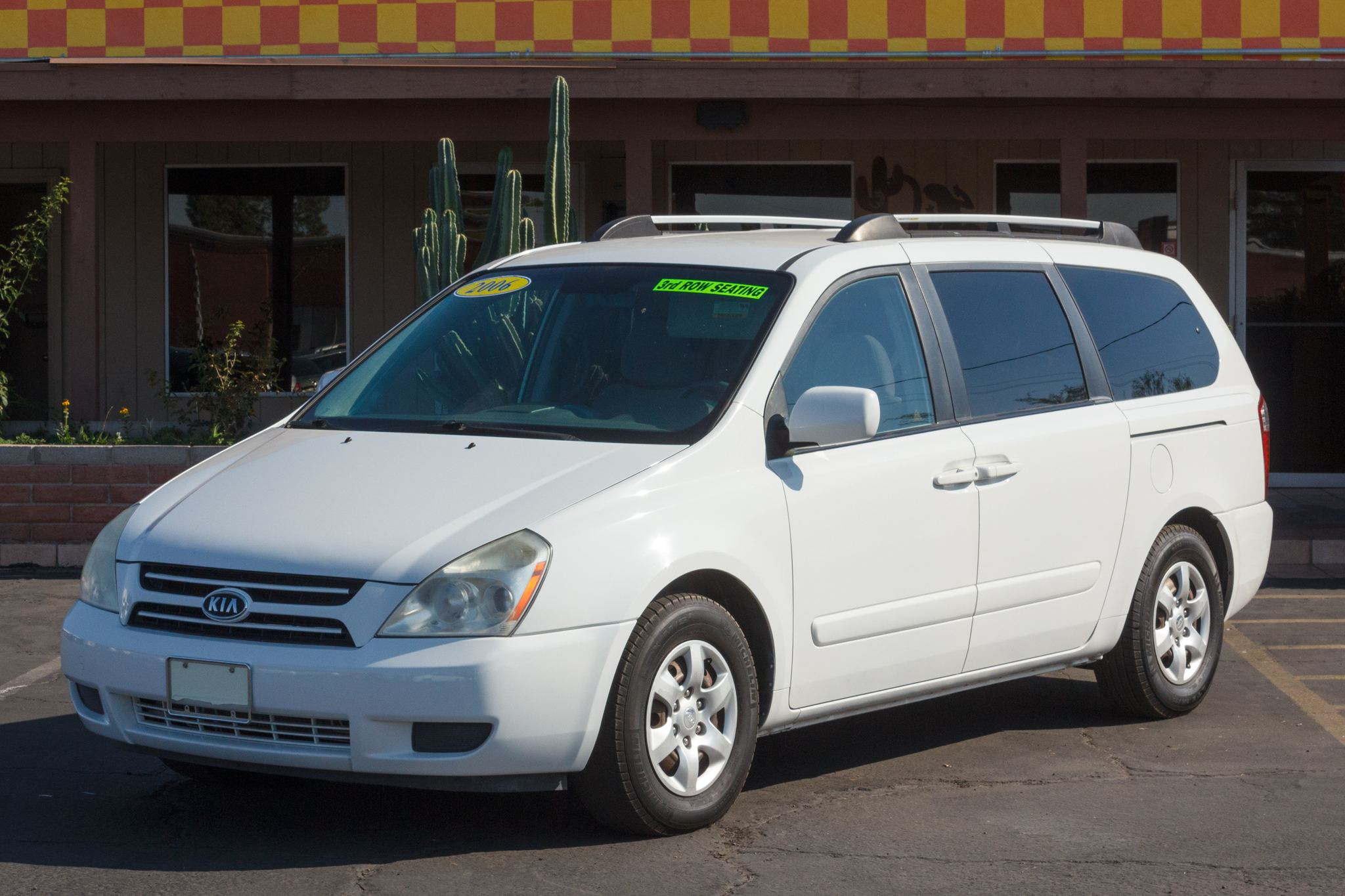 Photo of 2006 Kia Sedona 4d Wagon LX