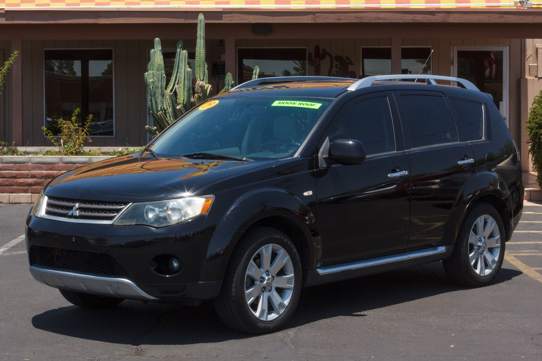 Photo of 2009 Mitsubishi Outlander 4d SUV 4WD SE