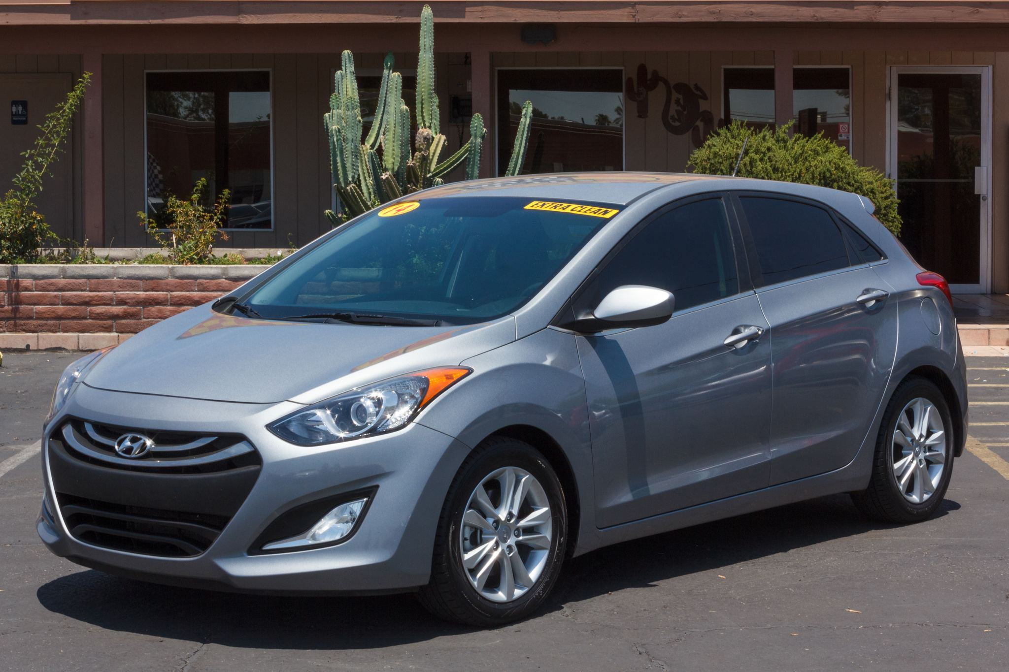 Photo of 2014 Hyundai Elantra GT 4d Hatchback 6spd