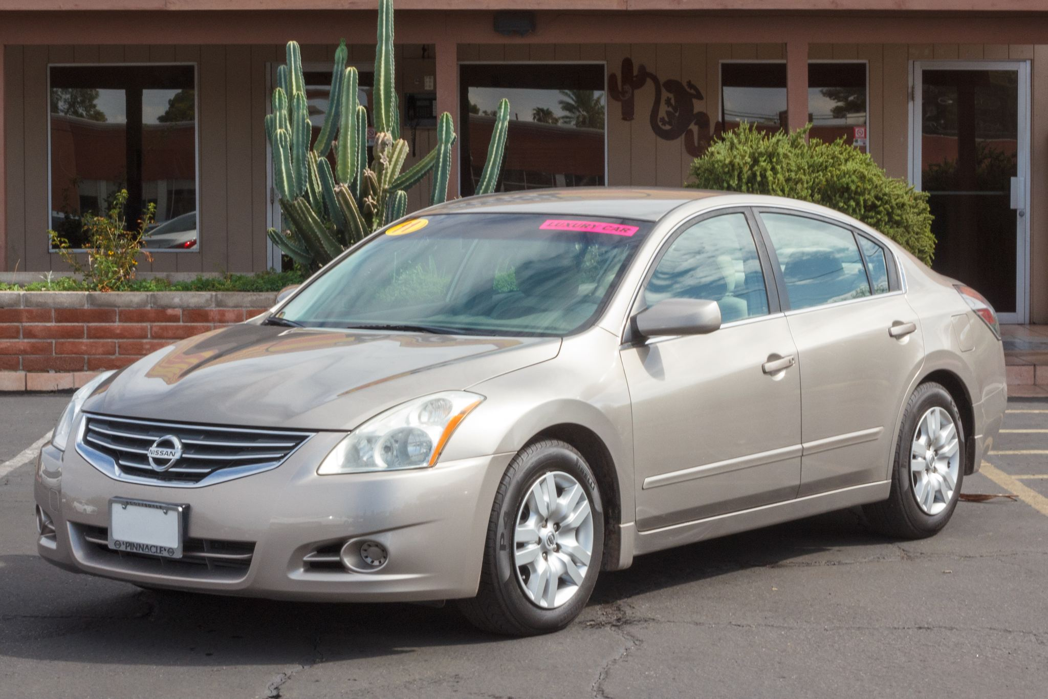 Photo of 2011 Nissan Altima 4d Sedan S