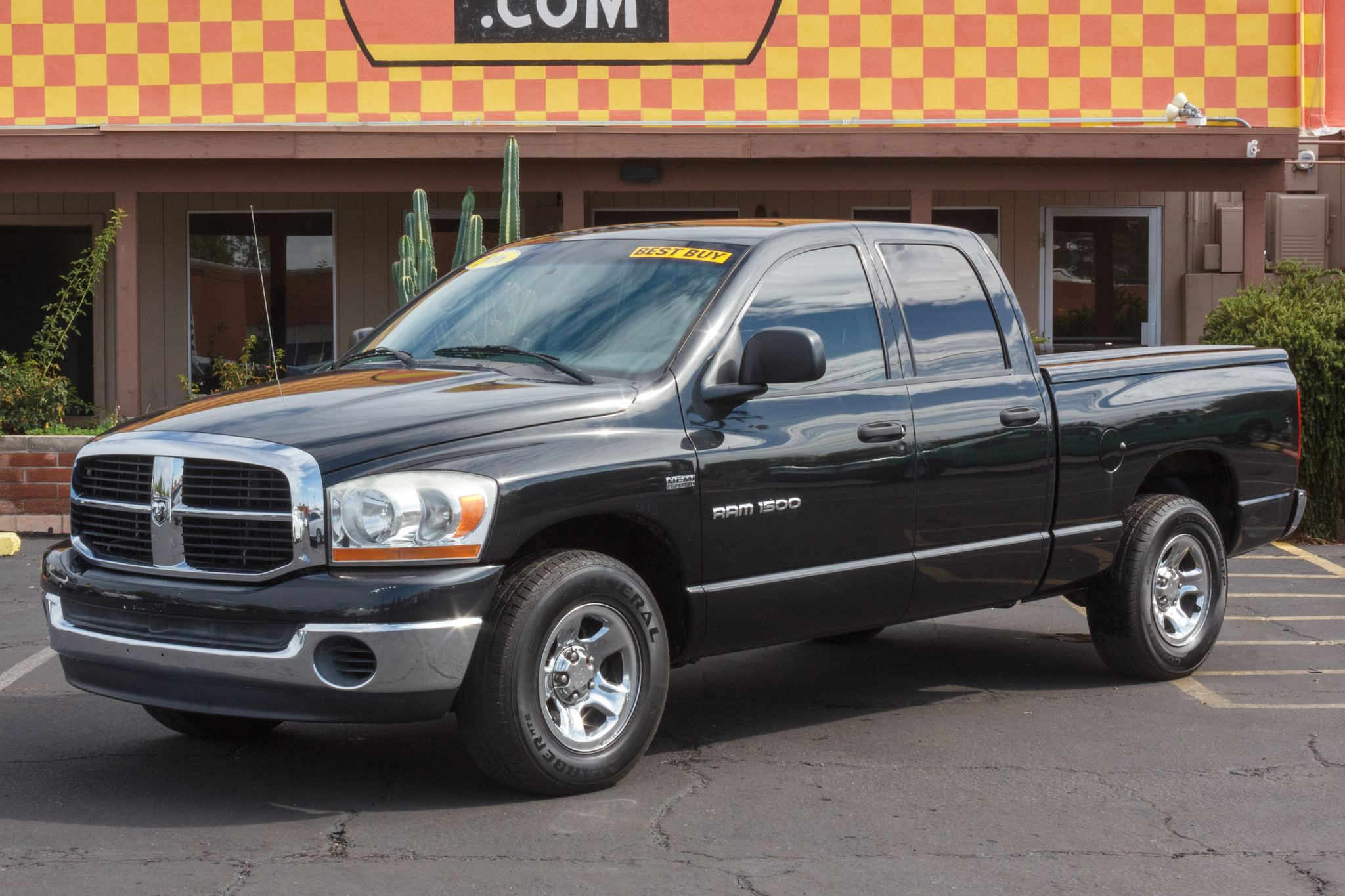 Photo of 2006 Dodge Ram 1500 2WD Quad Cab SLT