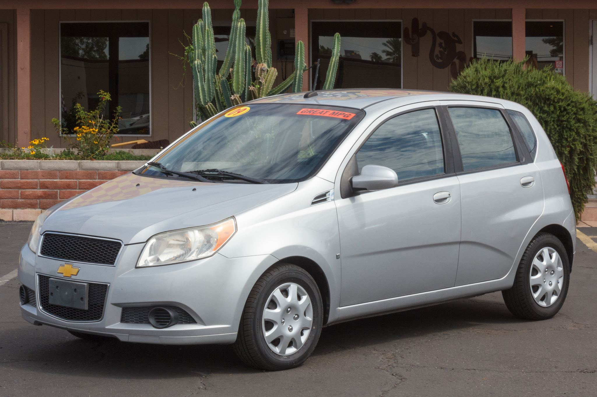 Photo of 2009 Chevrolet Aveo 5d Hatchback LS