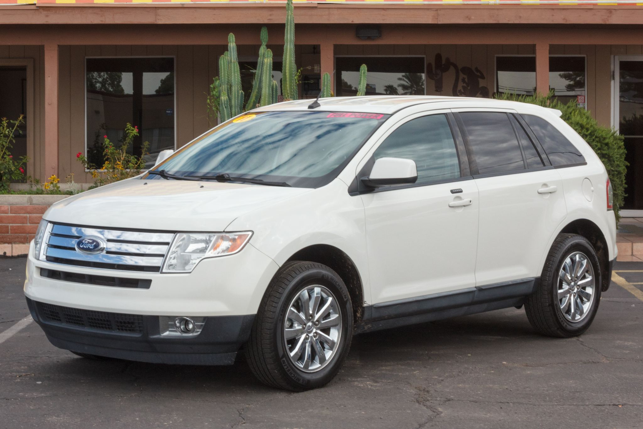 Photo of 2010 Ford Edge 4d SUV FWD SEL