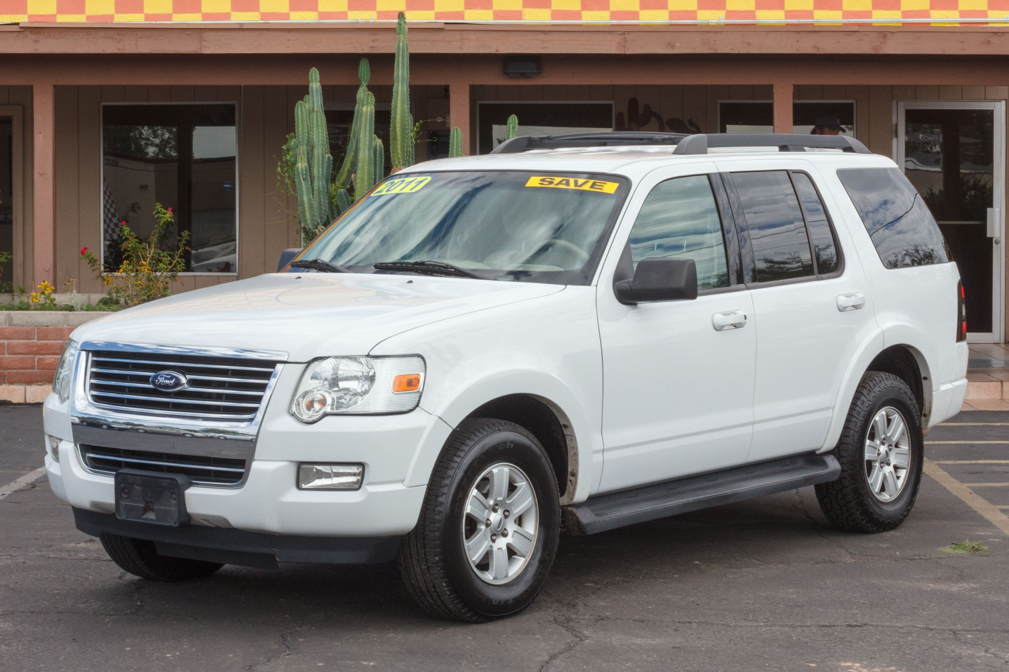 Photo of 2009 Ford Explorer 4d SUV 4WD XLT V6