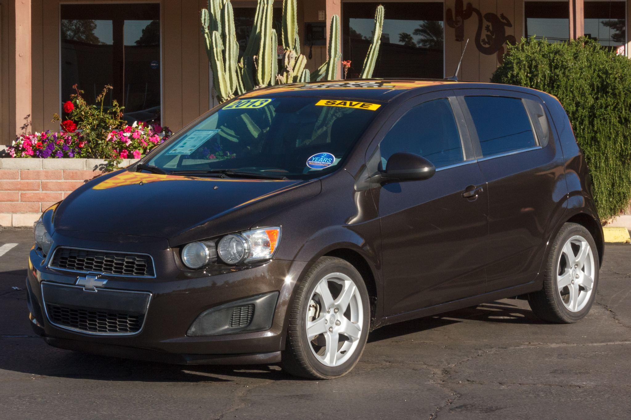 Photo of 2013 Chevrolet Sonic 4d Hatchback LT AT