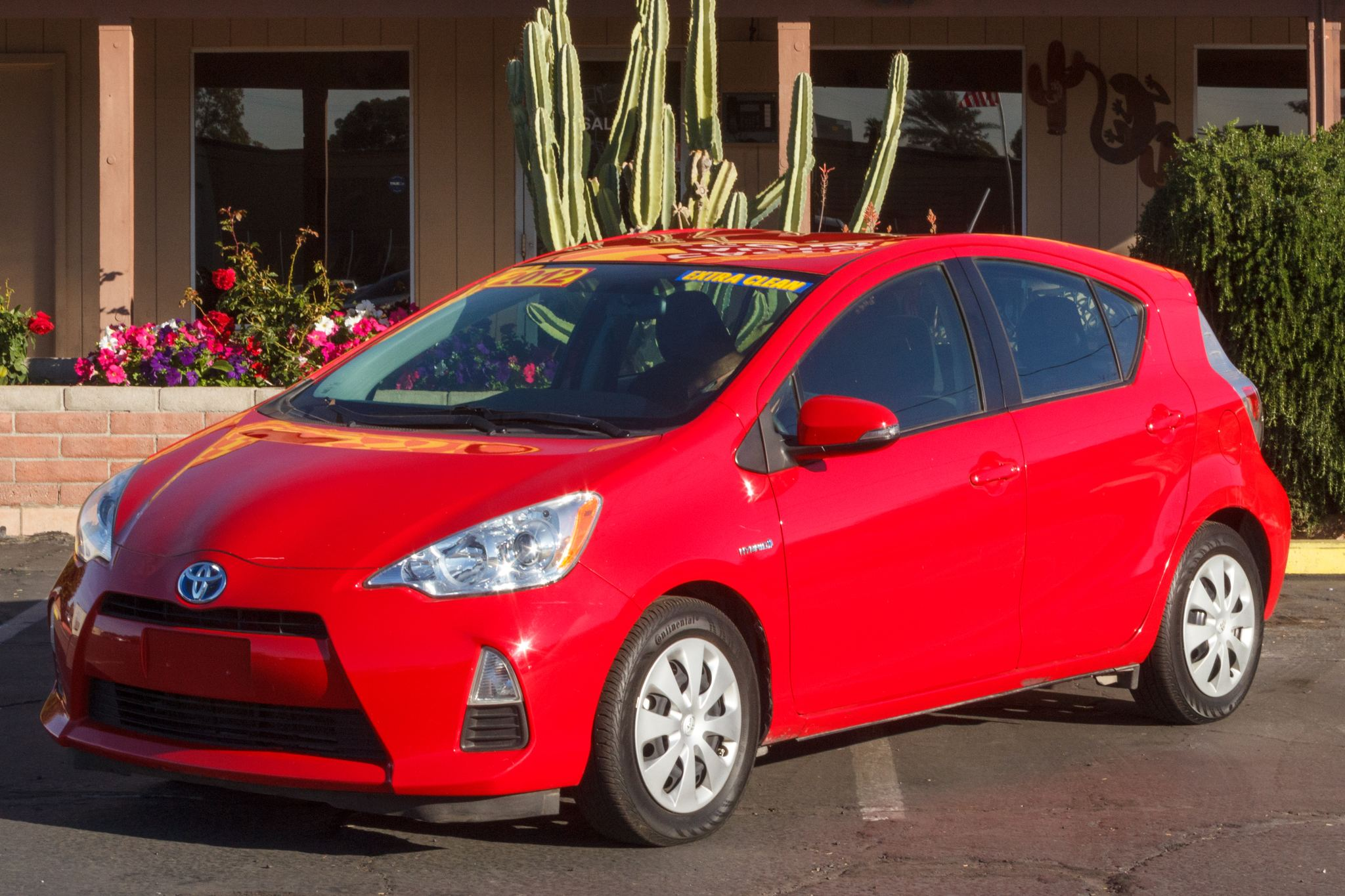 Photo of 2012 Toyota Prius c 5d Hatchback Two