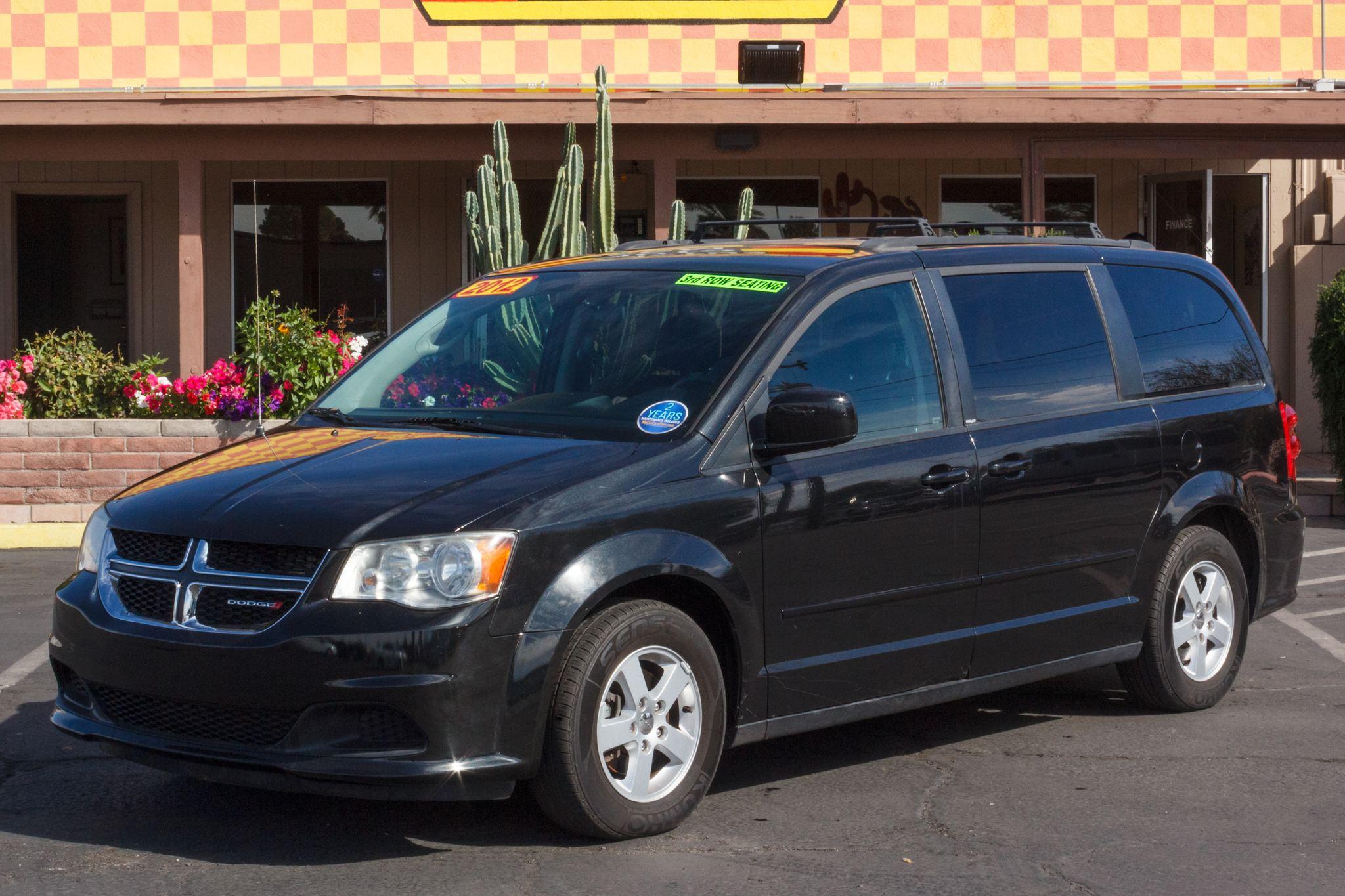 Photo of 2012 Dodge Grand Caravan 4d Wagon SXT