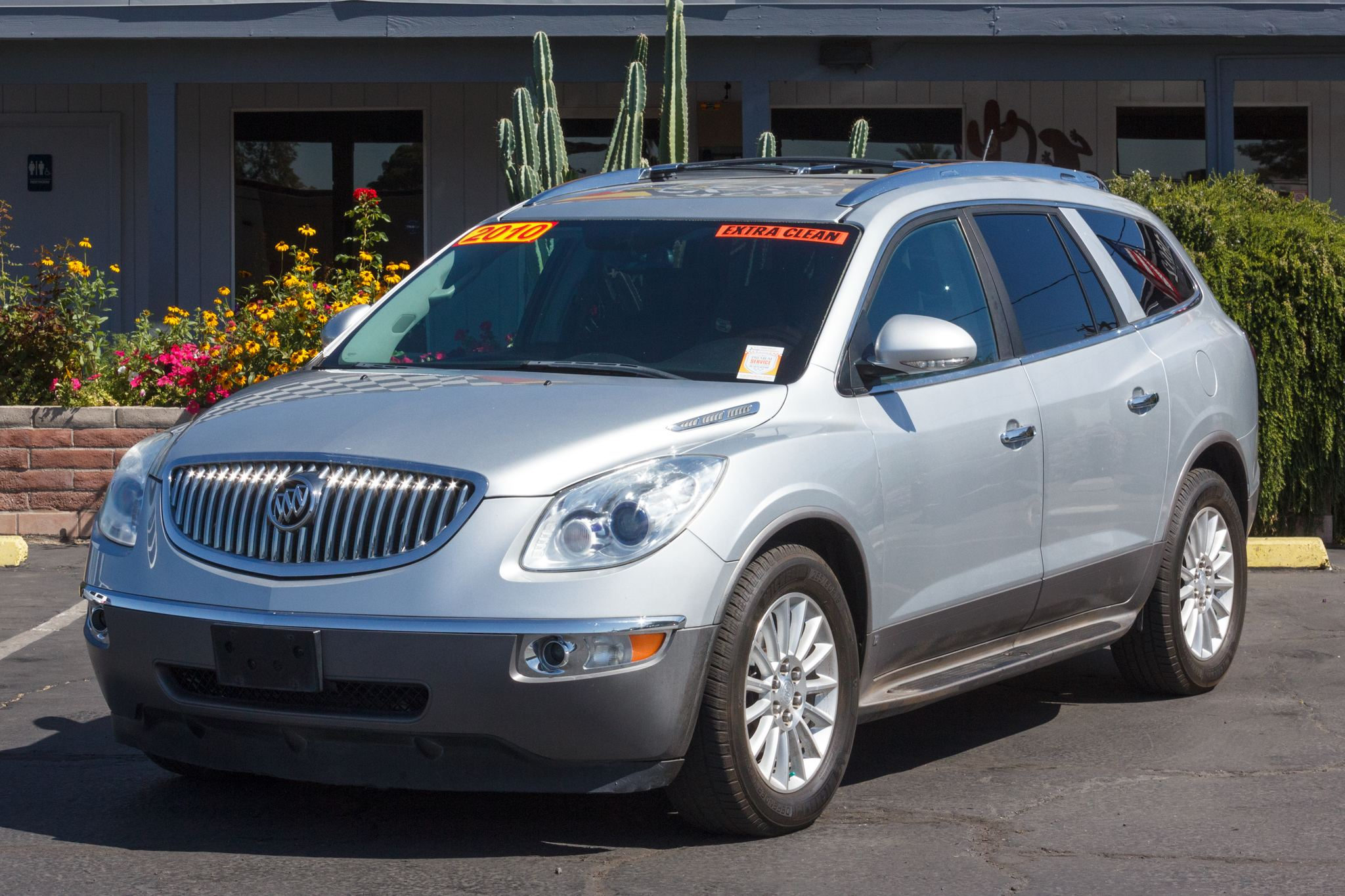 Photo of 2010 Buick Enclave 4d SUV AWD CX