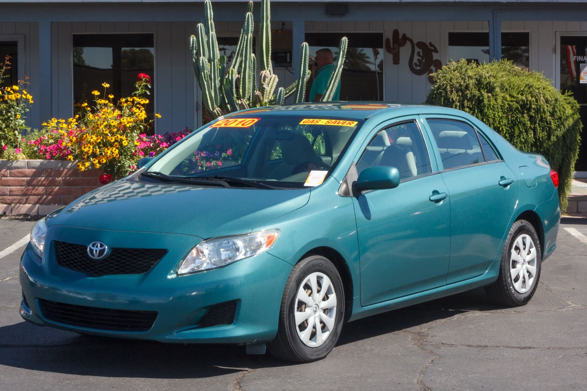 Photo of 2010 Toyota Corolla 4d Sedan LE
