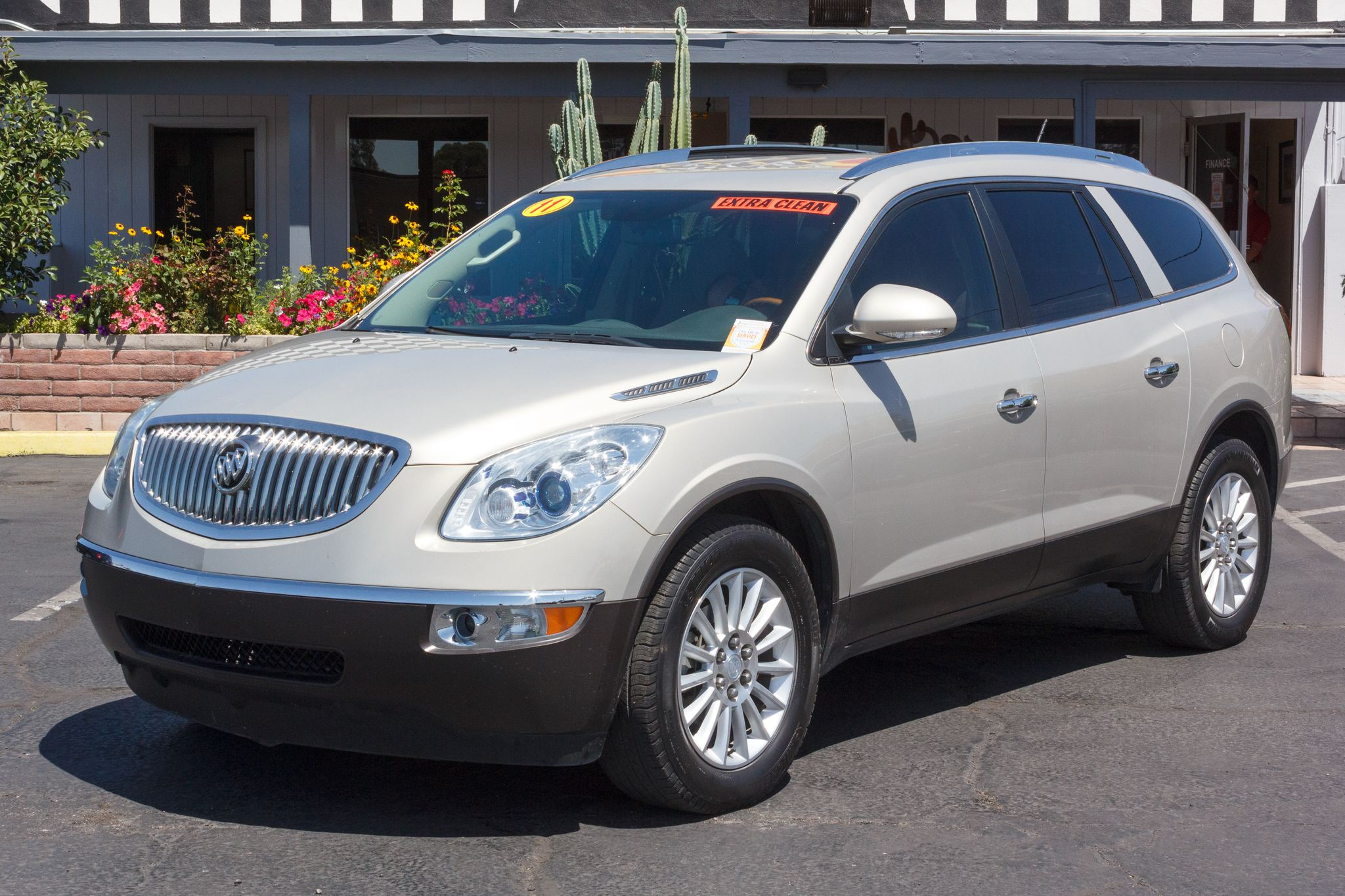 Photo of 2011 Buick Enclave 4d SUV FWD CX