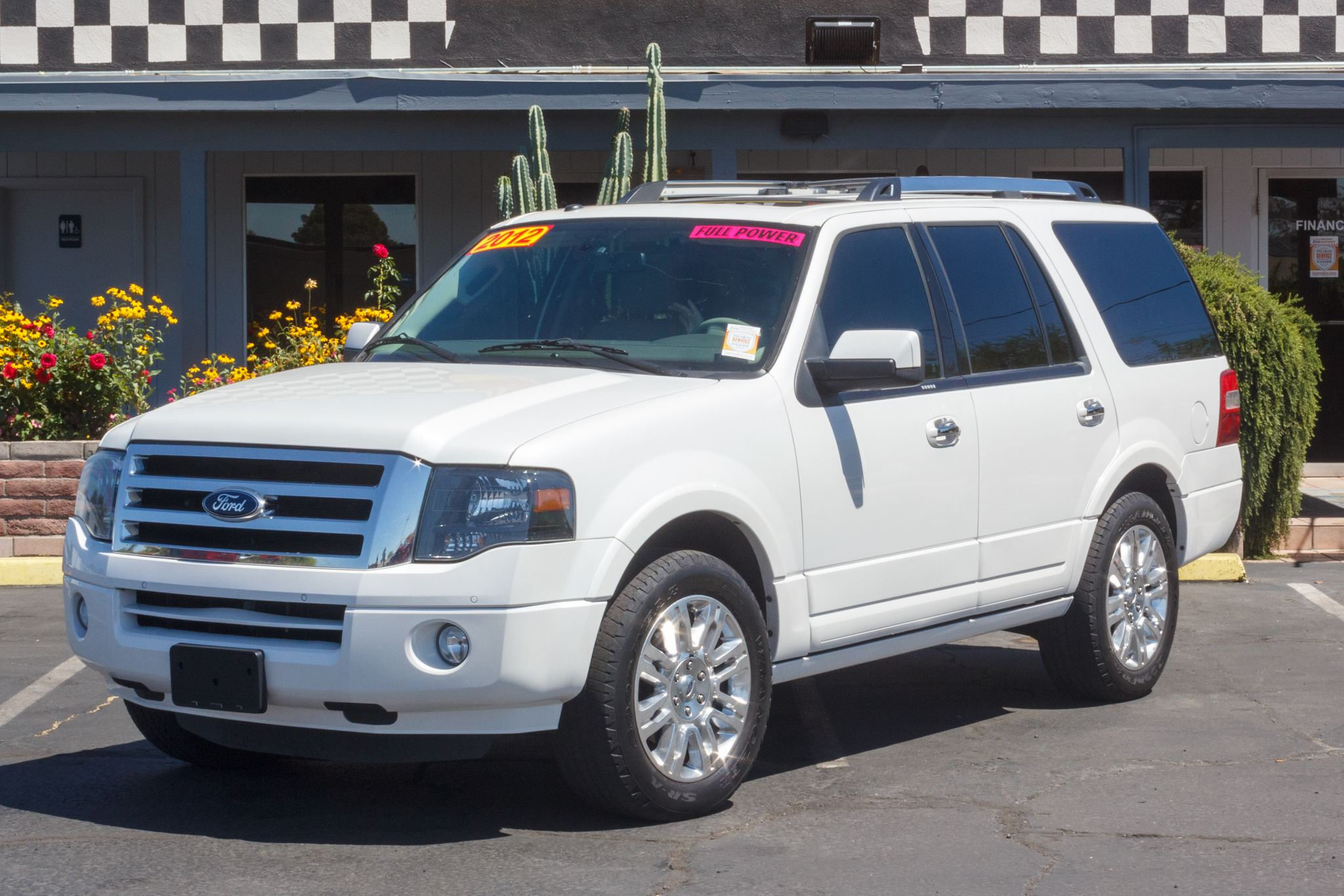 Photo of 2012 Ford Expedition 4d SUV 2WD Limited