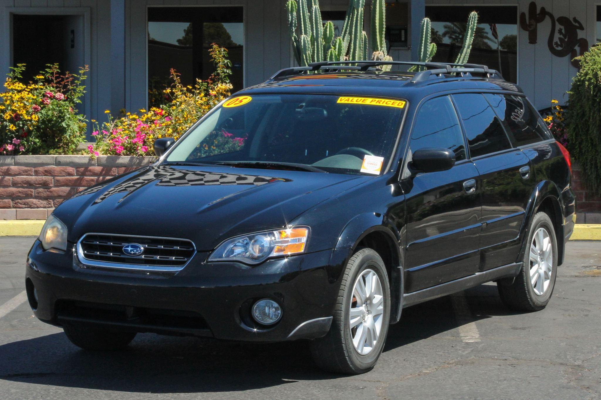 Photo of 2005 Subaru Outback 5d Wagon i